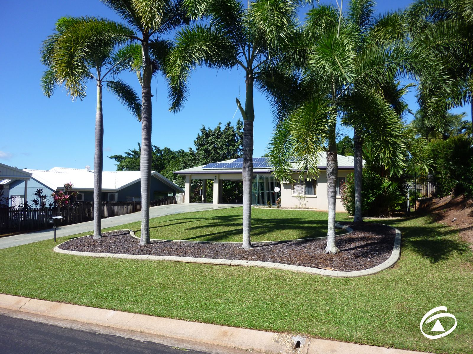 24 Grimes Close, Kanimbla, QLD 4870