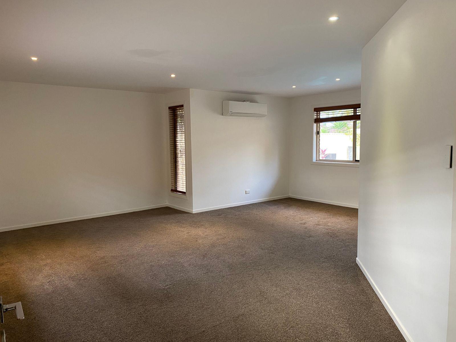 12 Ridgewood Court, Burleigh Waters, QLD 4220
