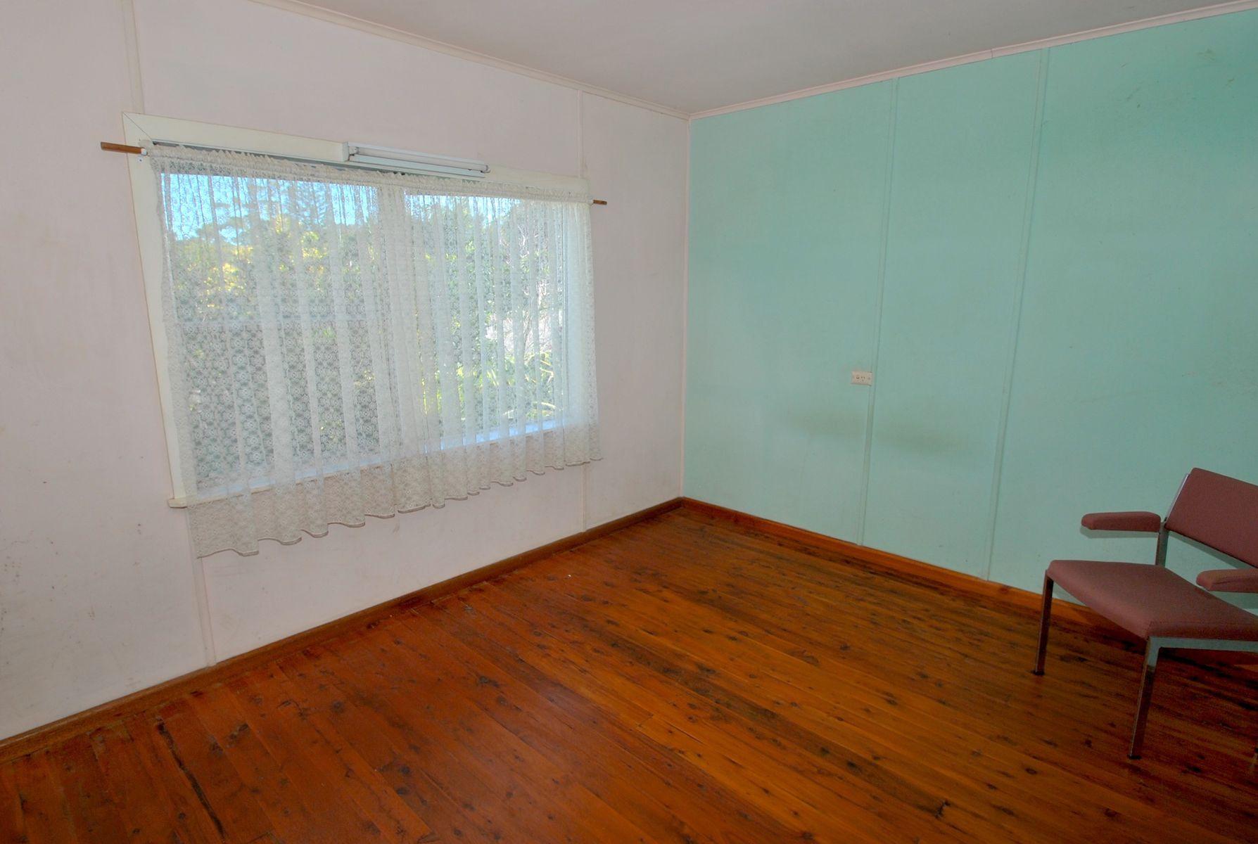24 Eastbourne Avenue, Culburra Beach, NSW 2540