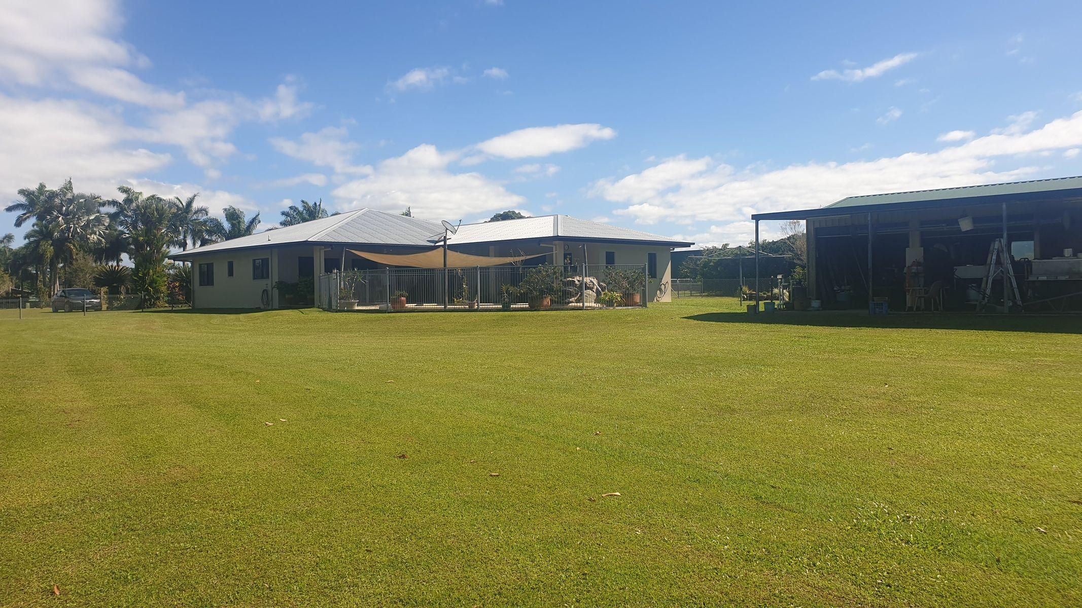 11 DANIEL CLOSE, Etty Bay, QLD 4858