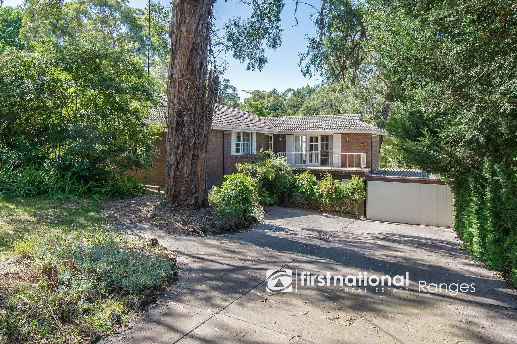 7 Bayview Avenue, Upwey, VIC 3158