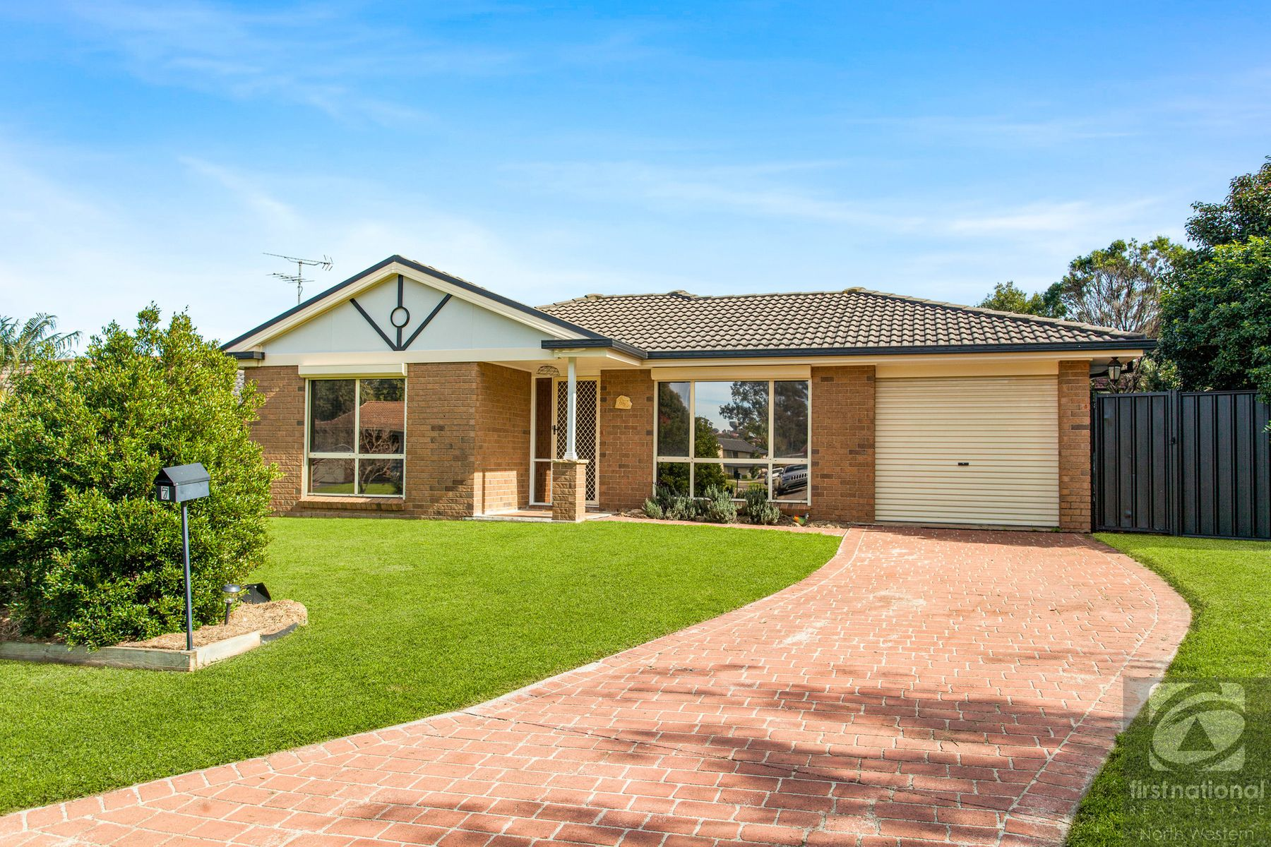 7 Dormer Grove, Quakers Hill, NSW 2763