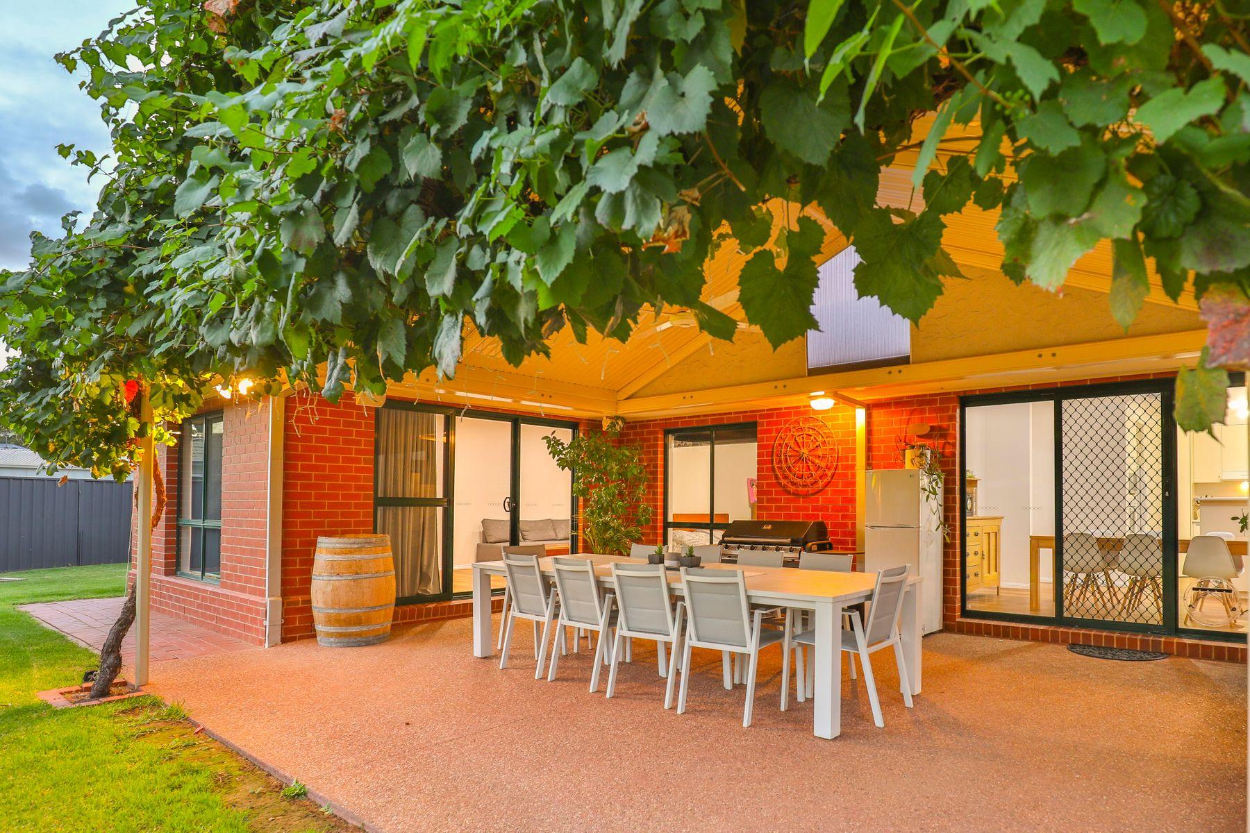 8 Carmela Court, Mildura, VIC 3500
