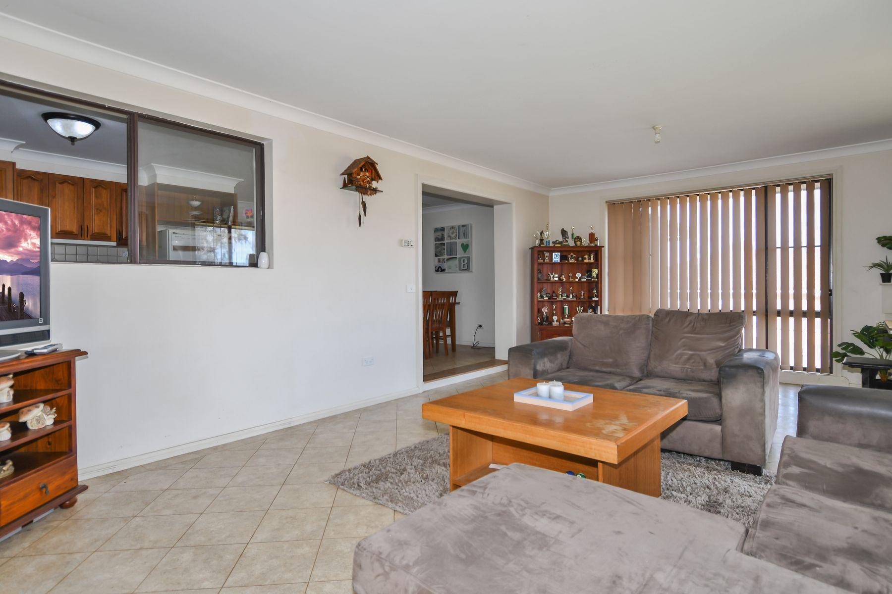3 Lomas Close, Kelso, NSW 2795