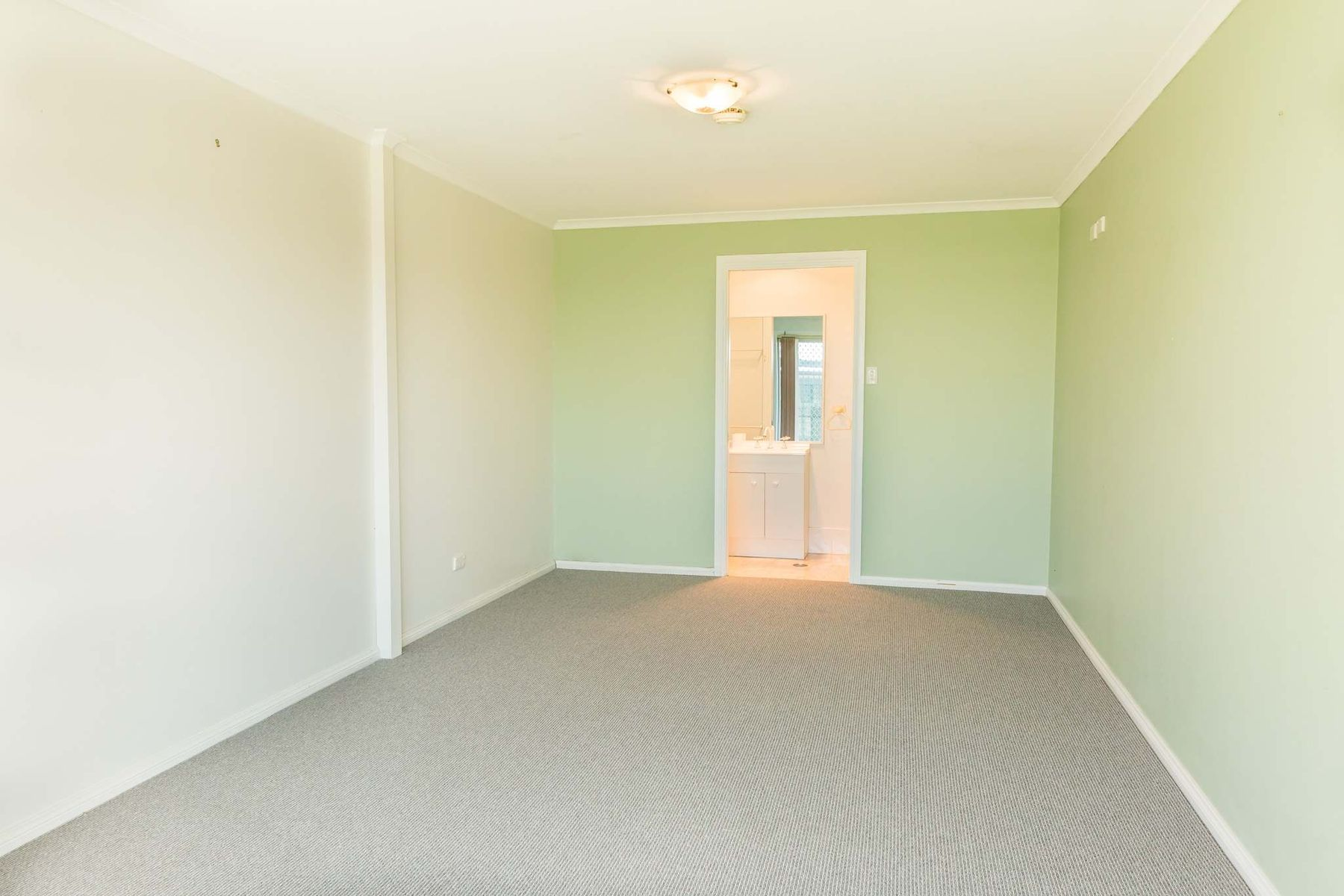 16 Shirley Street, Inverell, NSW 2360