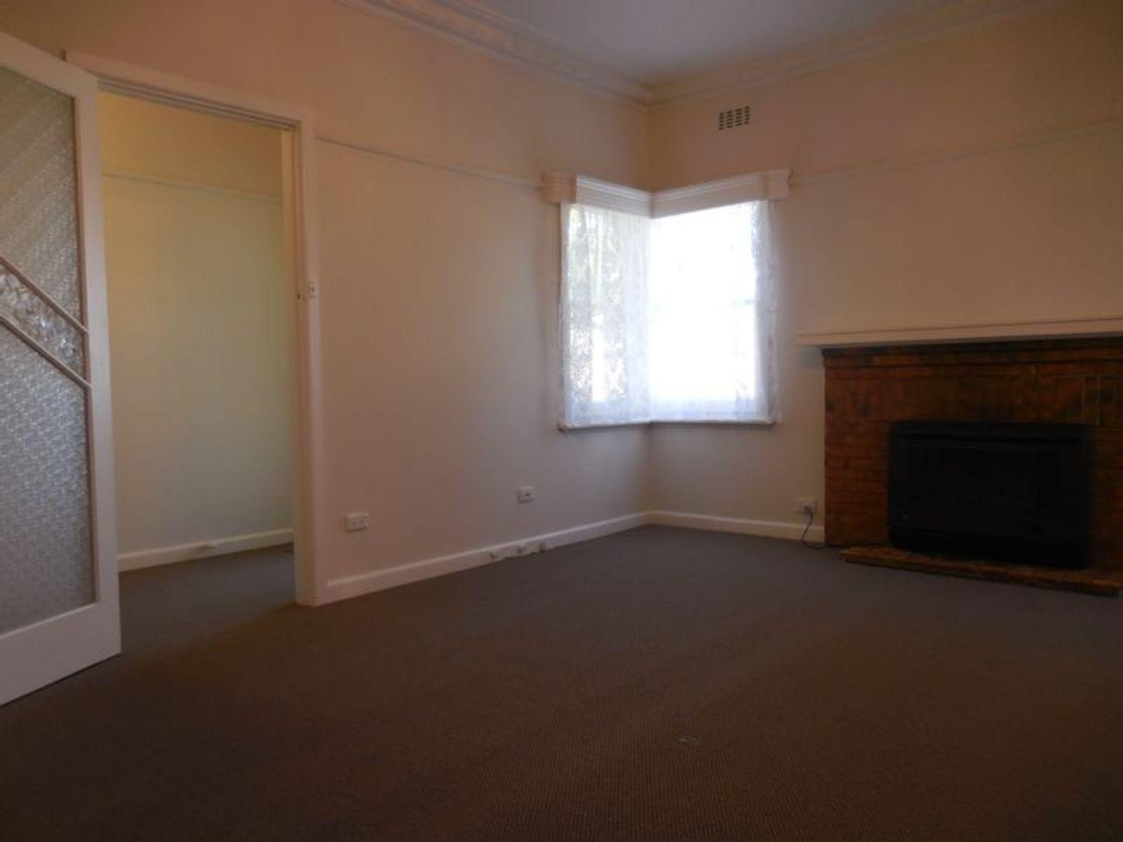 2 Club Court, Strathfieldsaye, VIC 3551