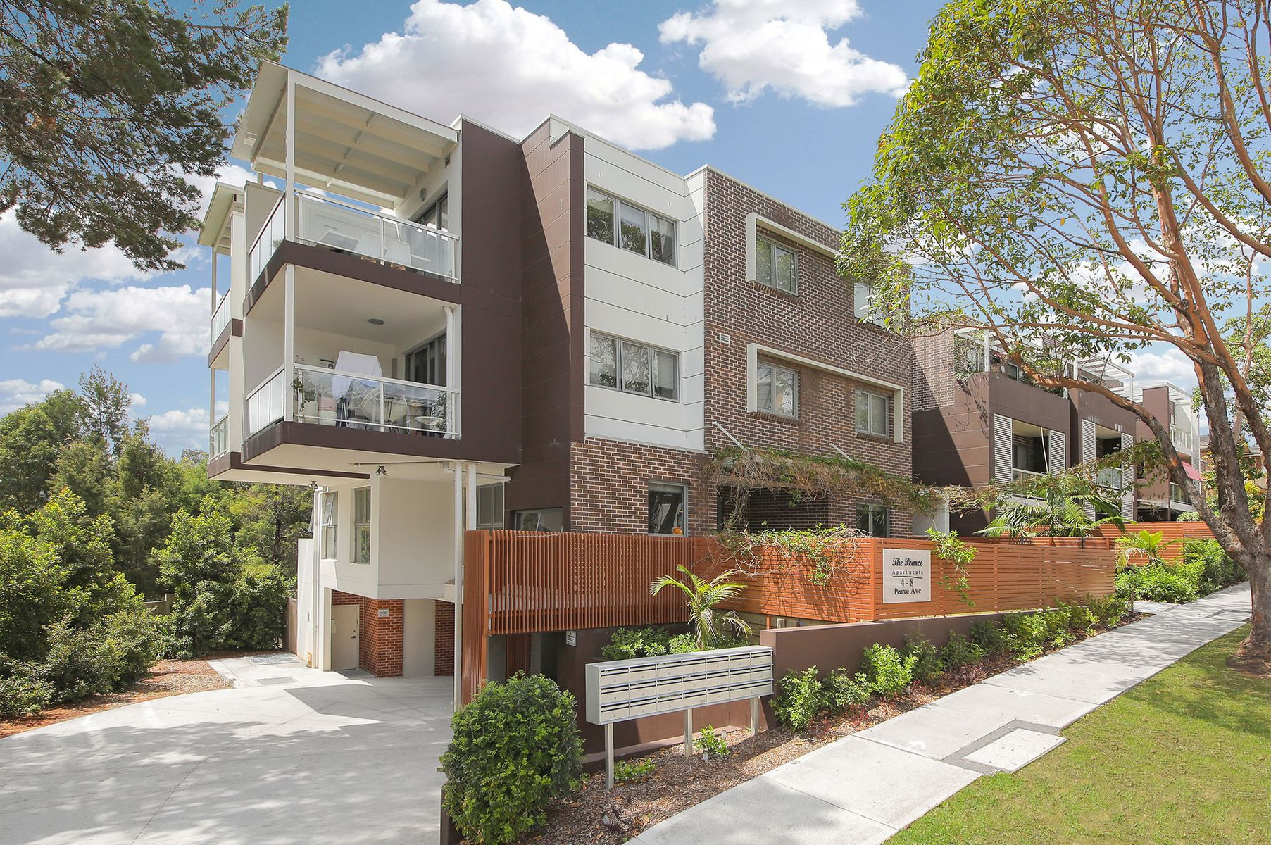 13/4-8 Pearce Avenue, Peakhurst, NSW 2210