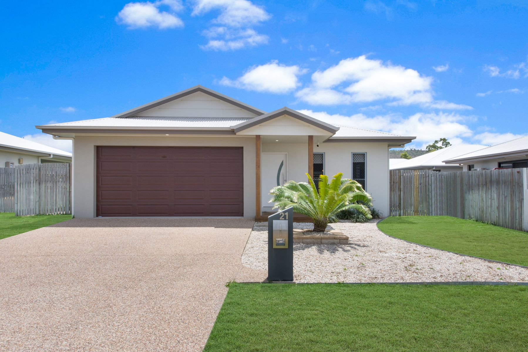 21 GADSDEN LOOP, Mount Louisa, QLD 4814