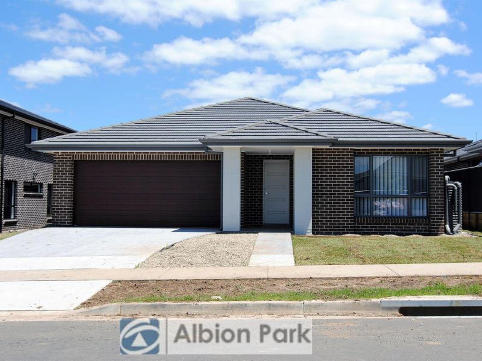 4 Bartlett Crescent, Calderwood, NSW 2527