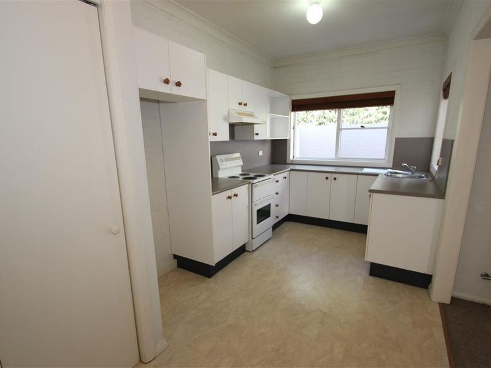 8/3-5 Clarence Street, Moss Vale, NSW 2577