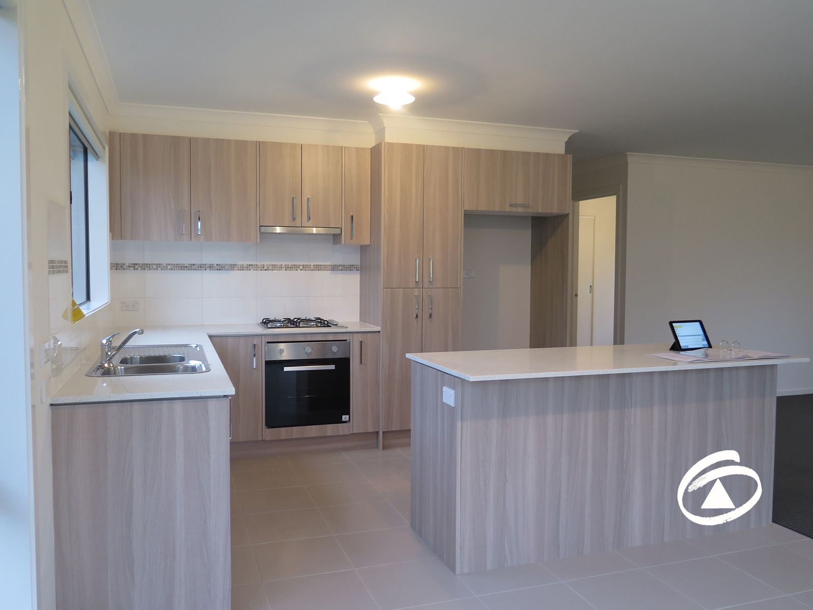 8/19 Cotswold Crescent, Officer, VIC 3809