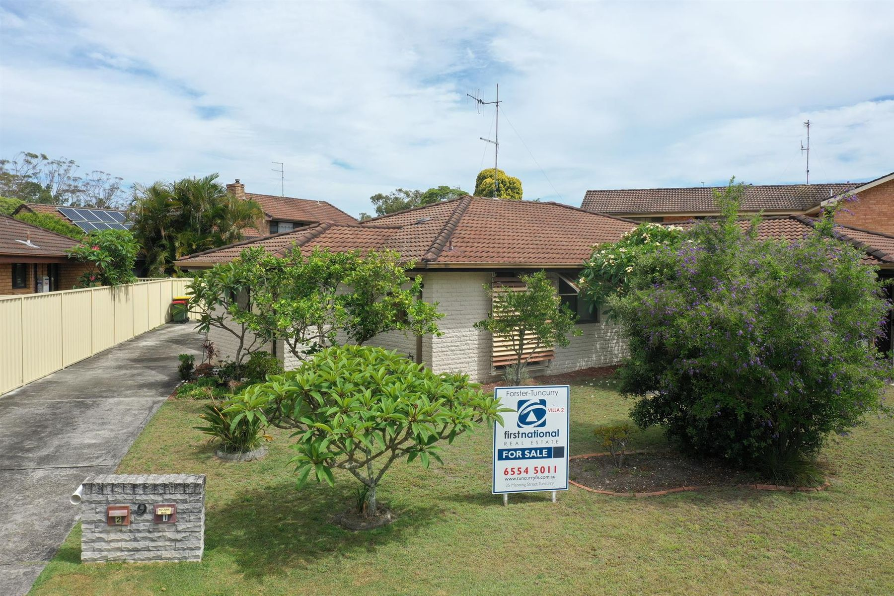2/9 Regency Circuit, Tuncurry, NSW 2428