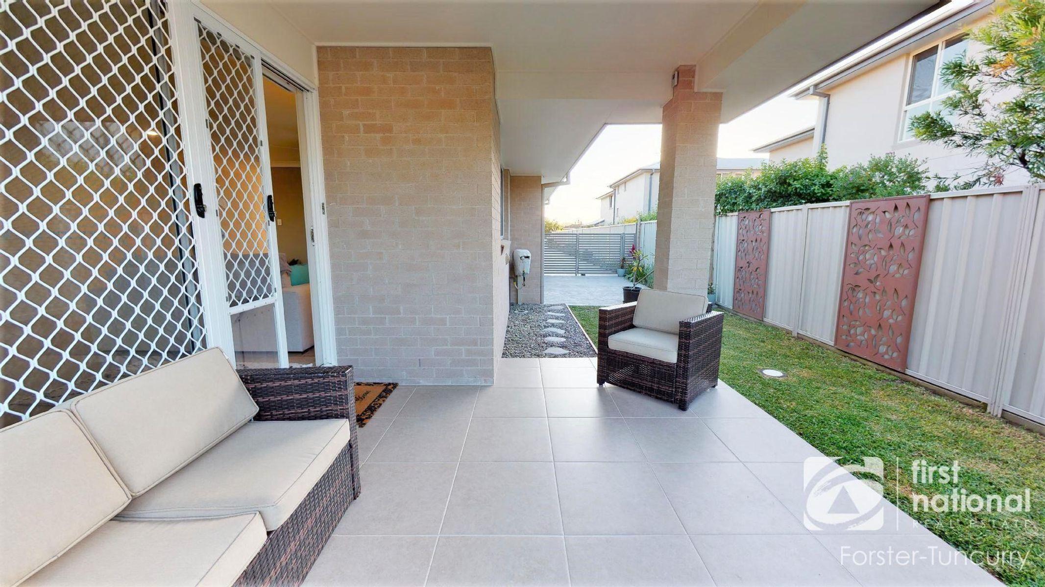 2/41 Parkes Street, Tuncurry, NSW 2428