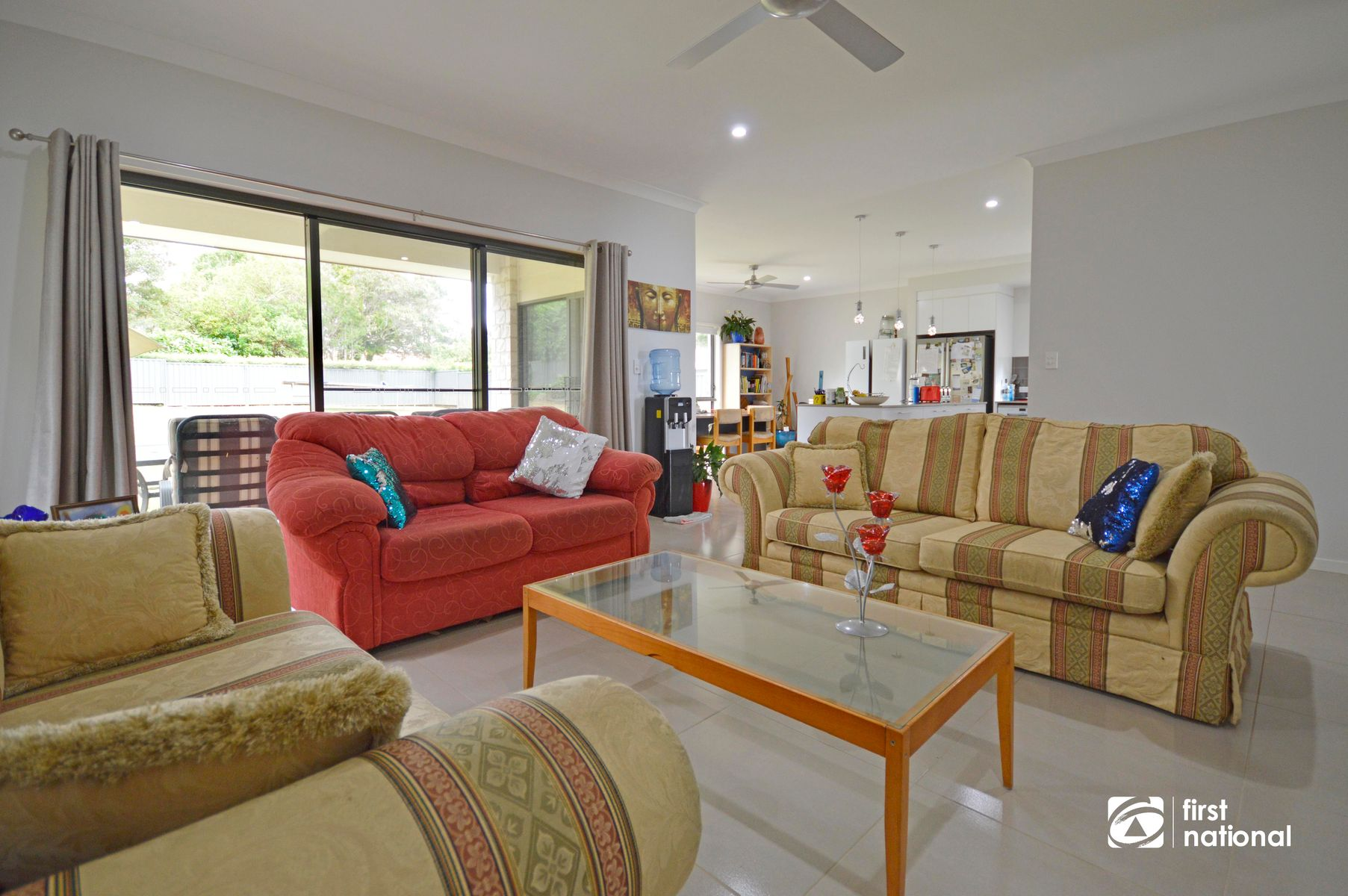 8 Lamington Pde, Tamborine Mountain, QLD 4272