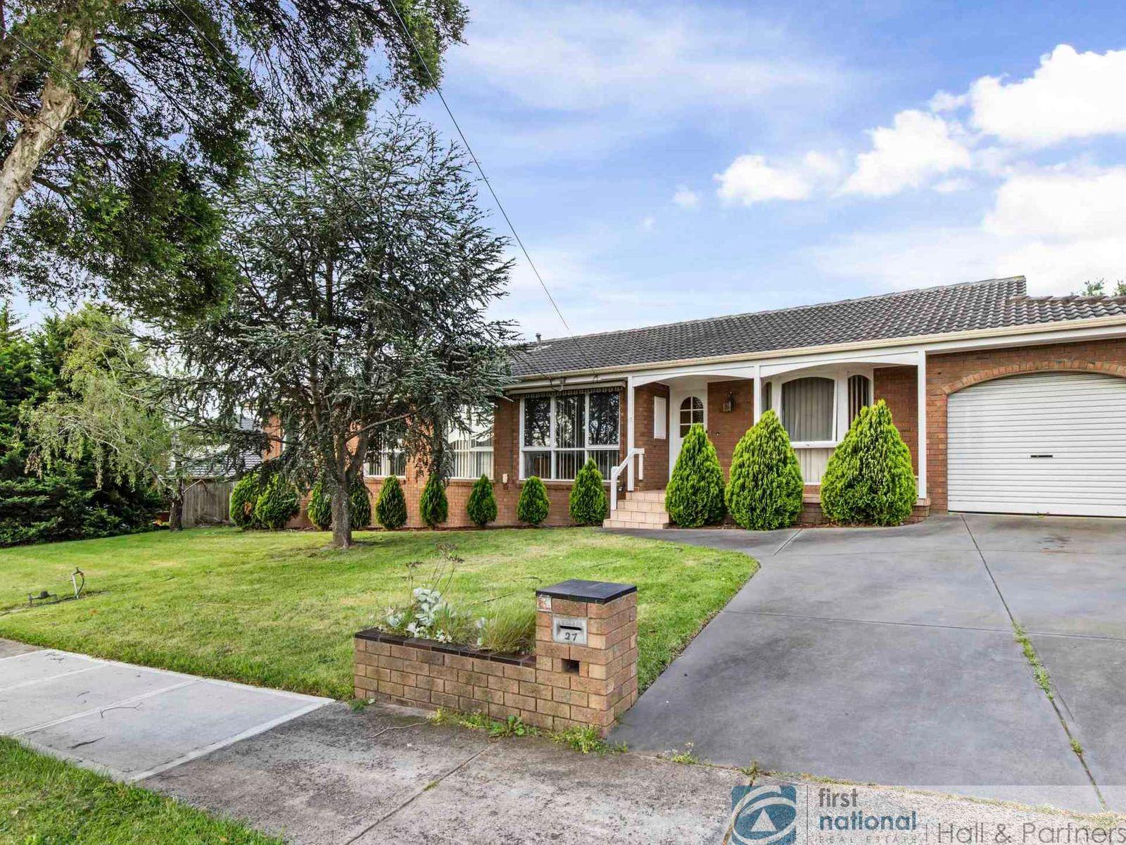 27 Essex Drive, Endeavour Hills, VIC 3802