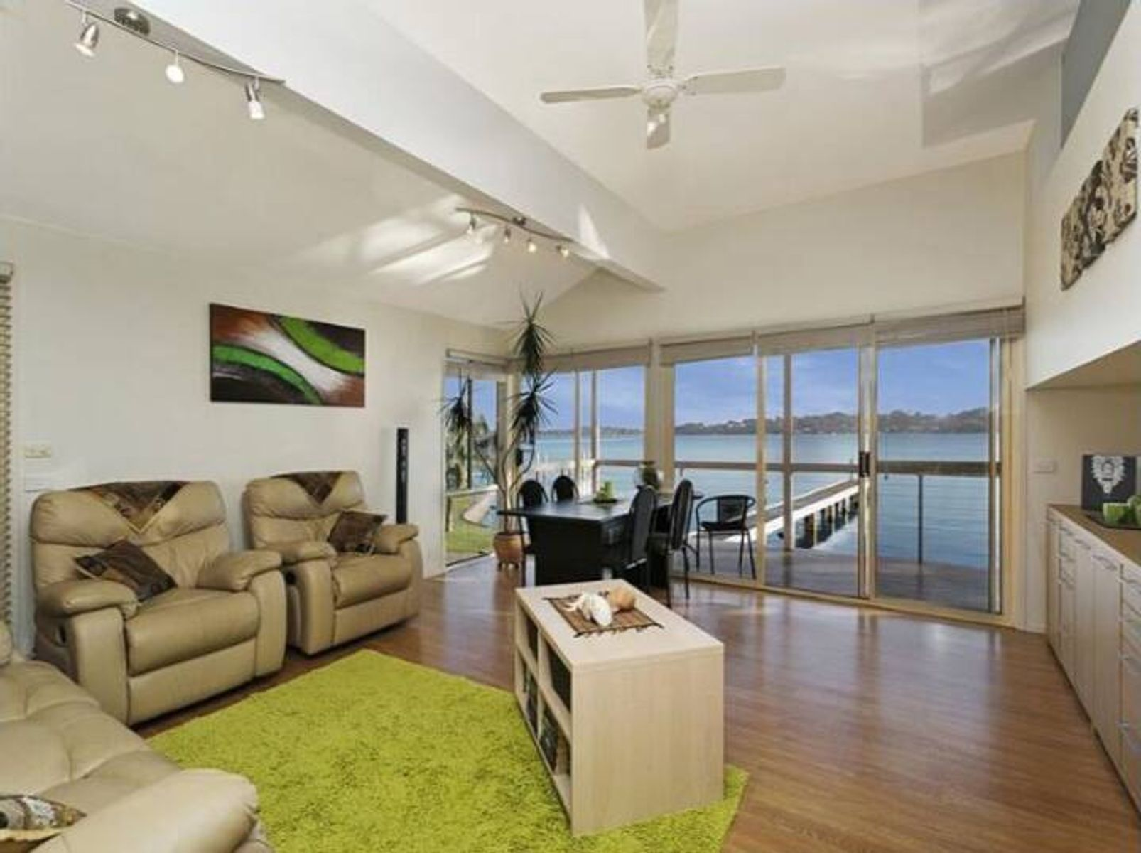 1 Grant Road, Coal Point, NSW 2283