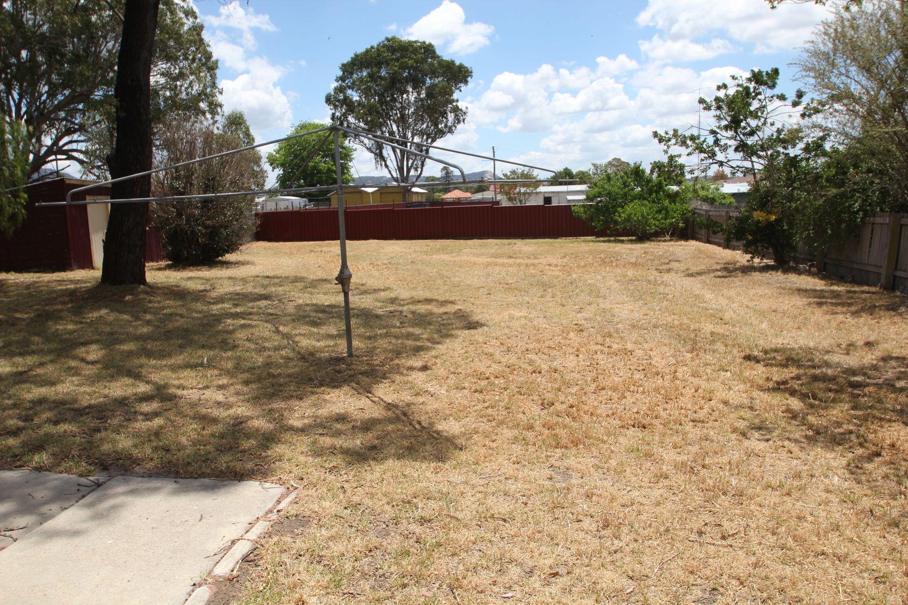 72 Wood Street, Tenterfield, NSW 2372