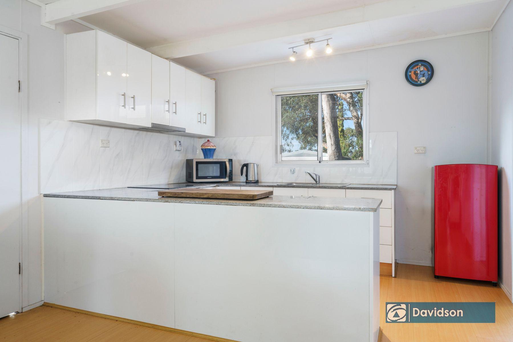 110 St George Crescent, Sandy Point, NSW 2172