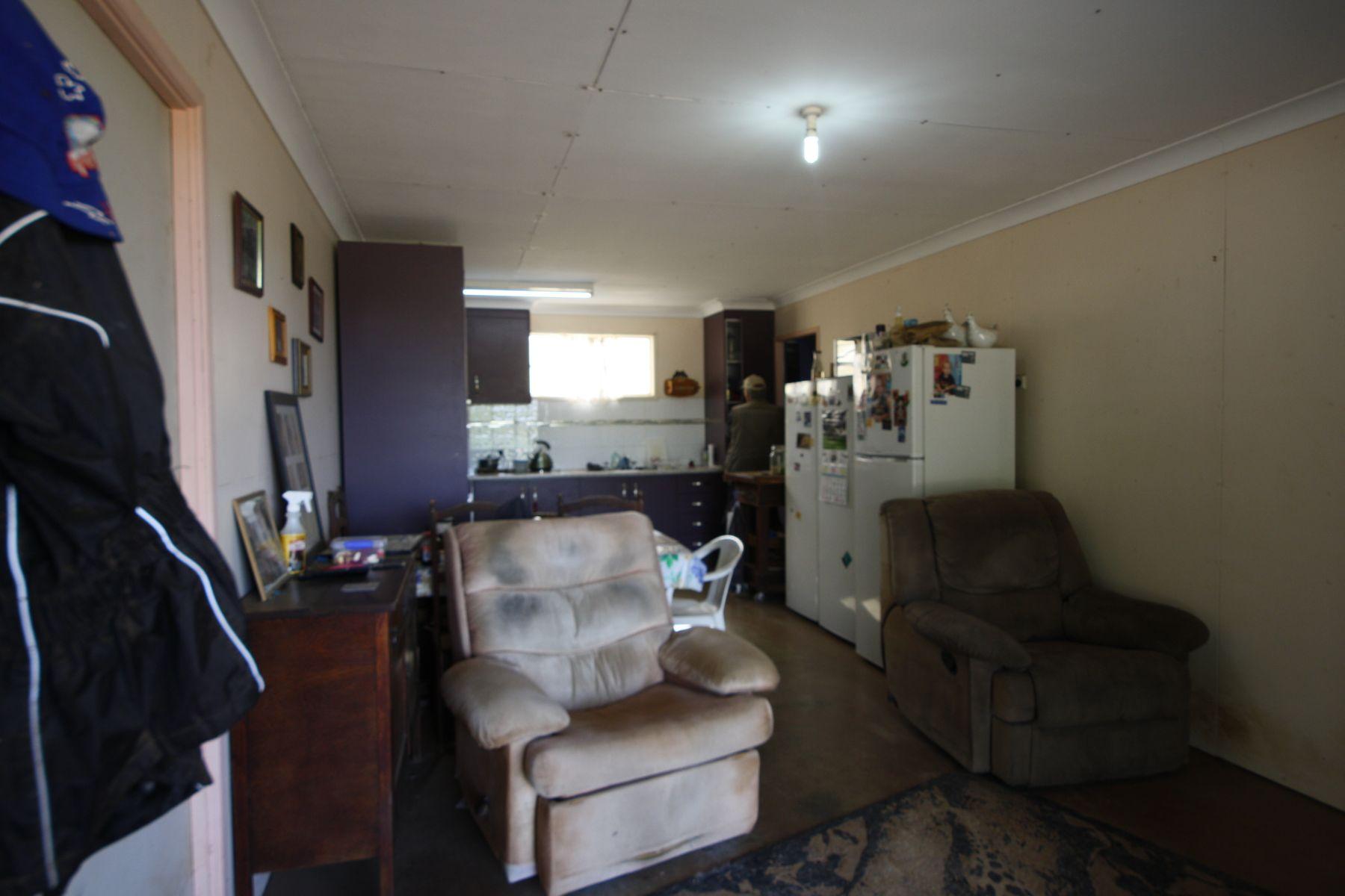 25 Finsens Road, South Kolan, QLD 4670