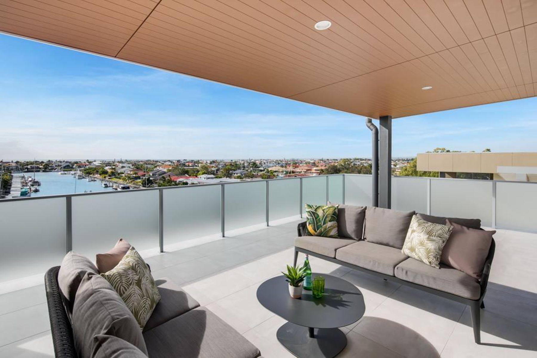 60 1 fitzroy st cleveland qld 4163 australia house for sale