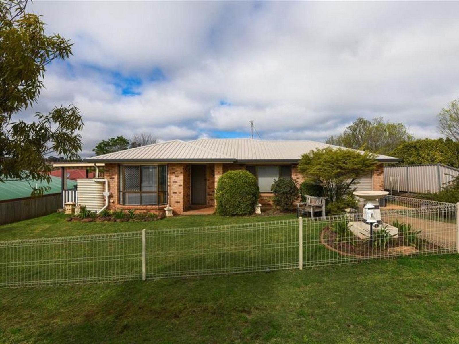 4 Swartz Street, Kearneys Spring, QLD 4350
