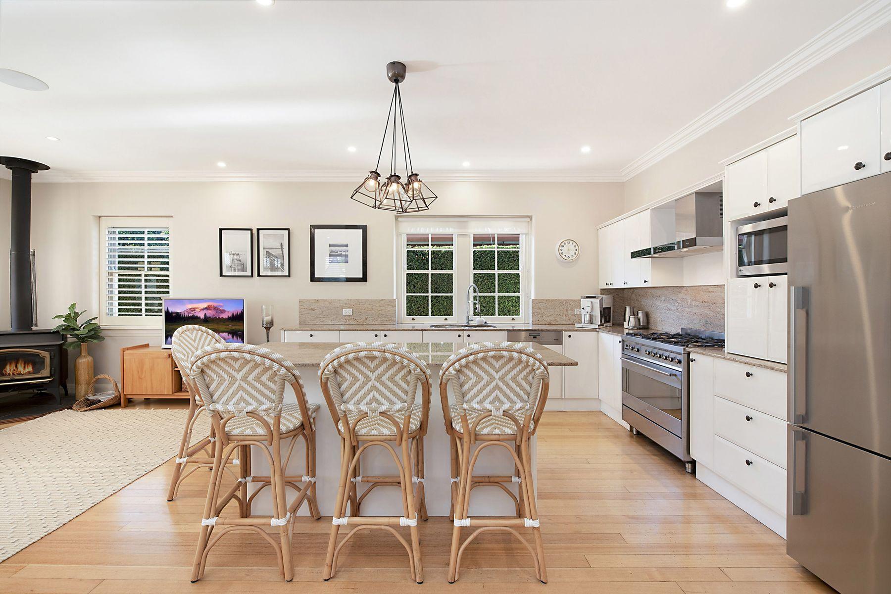 72 Stewart Avenue, Hamilton South, NSW 2303