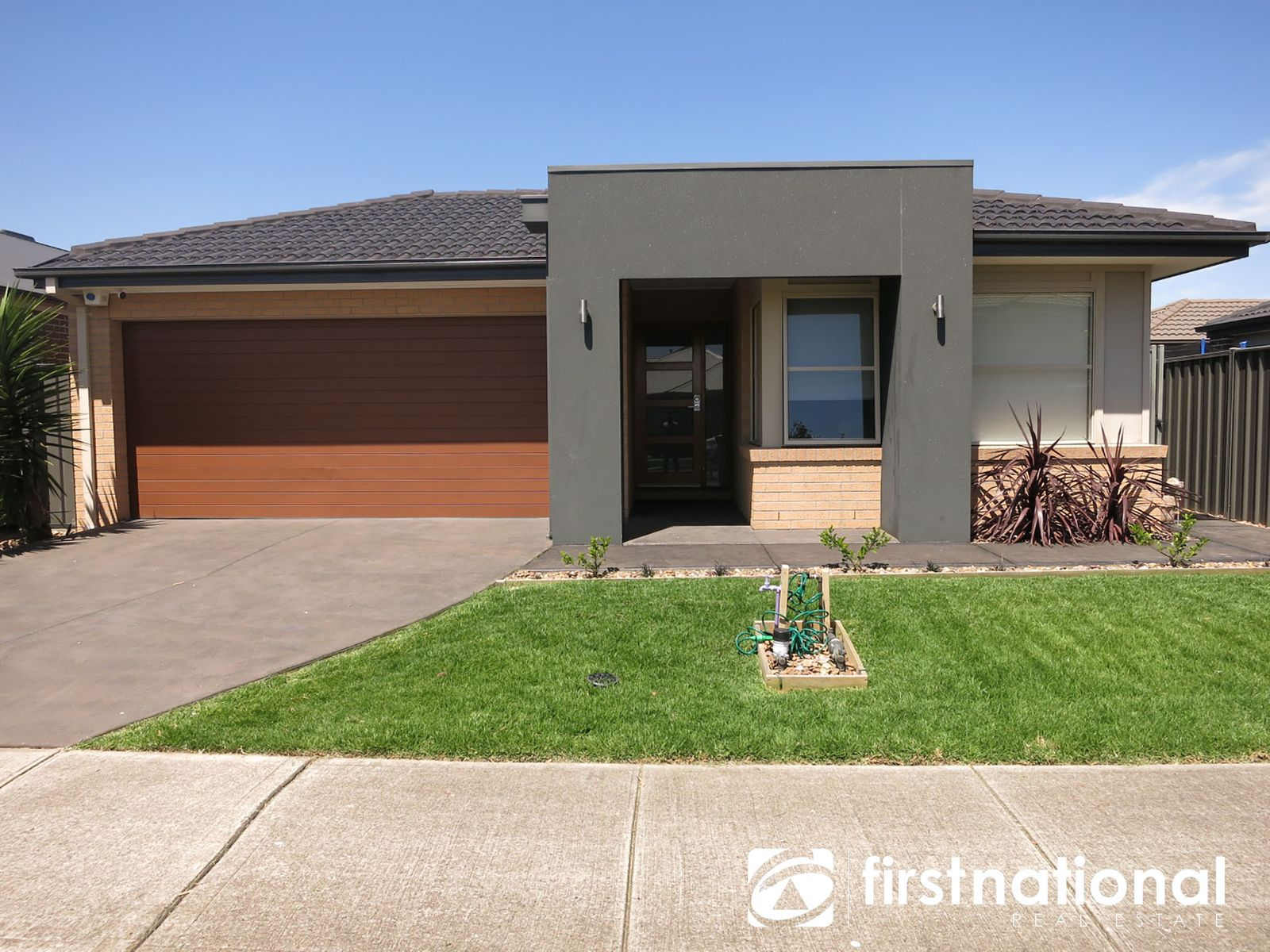 28 Chagall Parade, Clyde North, VIC 3978