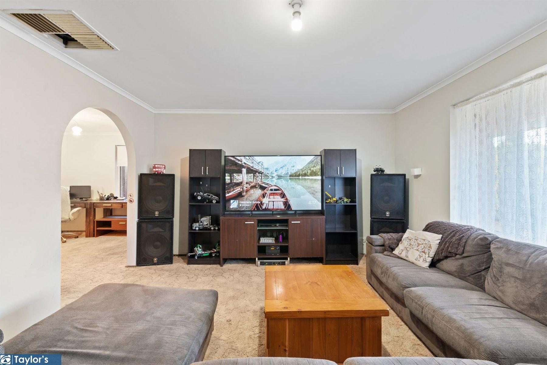 45 Lennox Drive, Paralowie, SA 5108