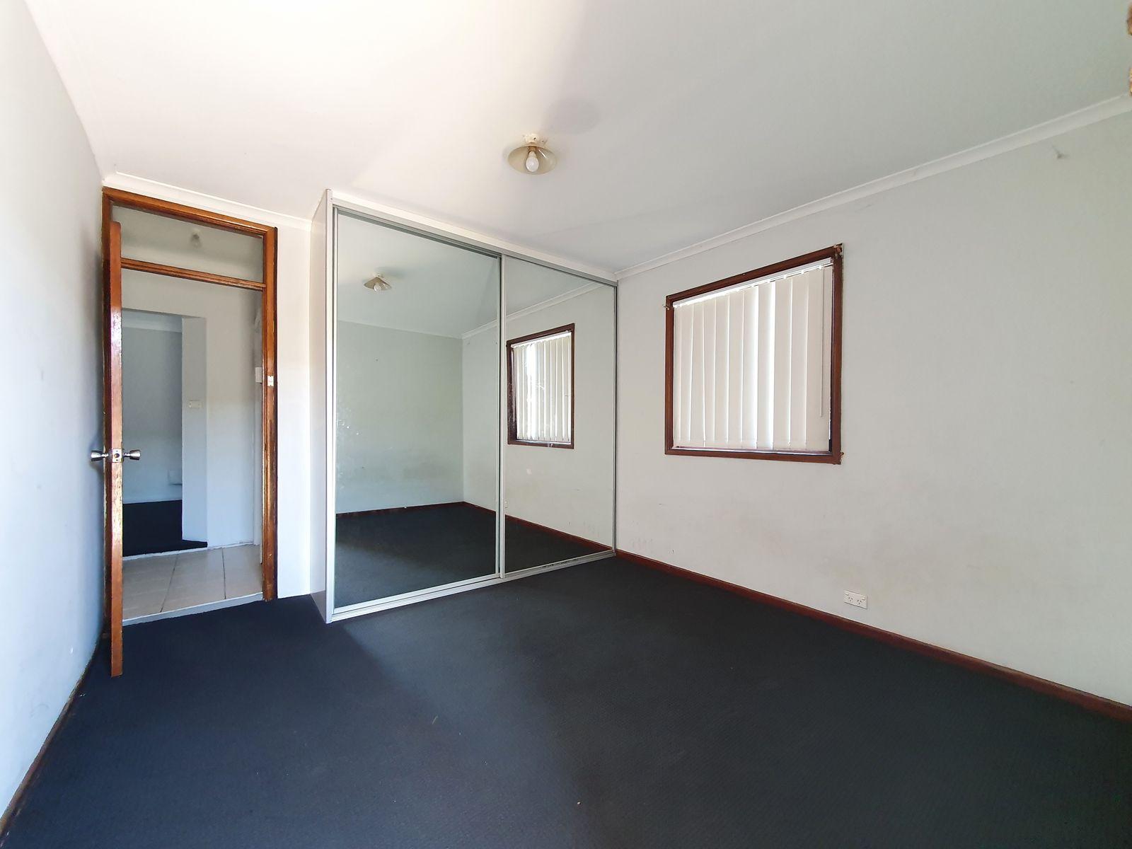 2/217 Cumberland Road, Auburn, NSW 2144