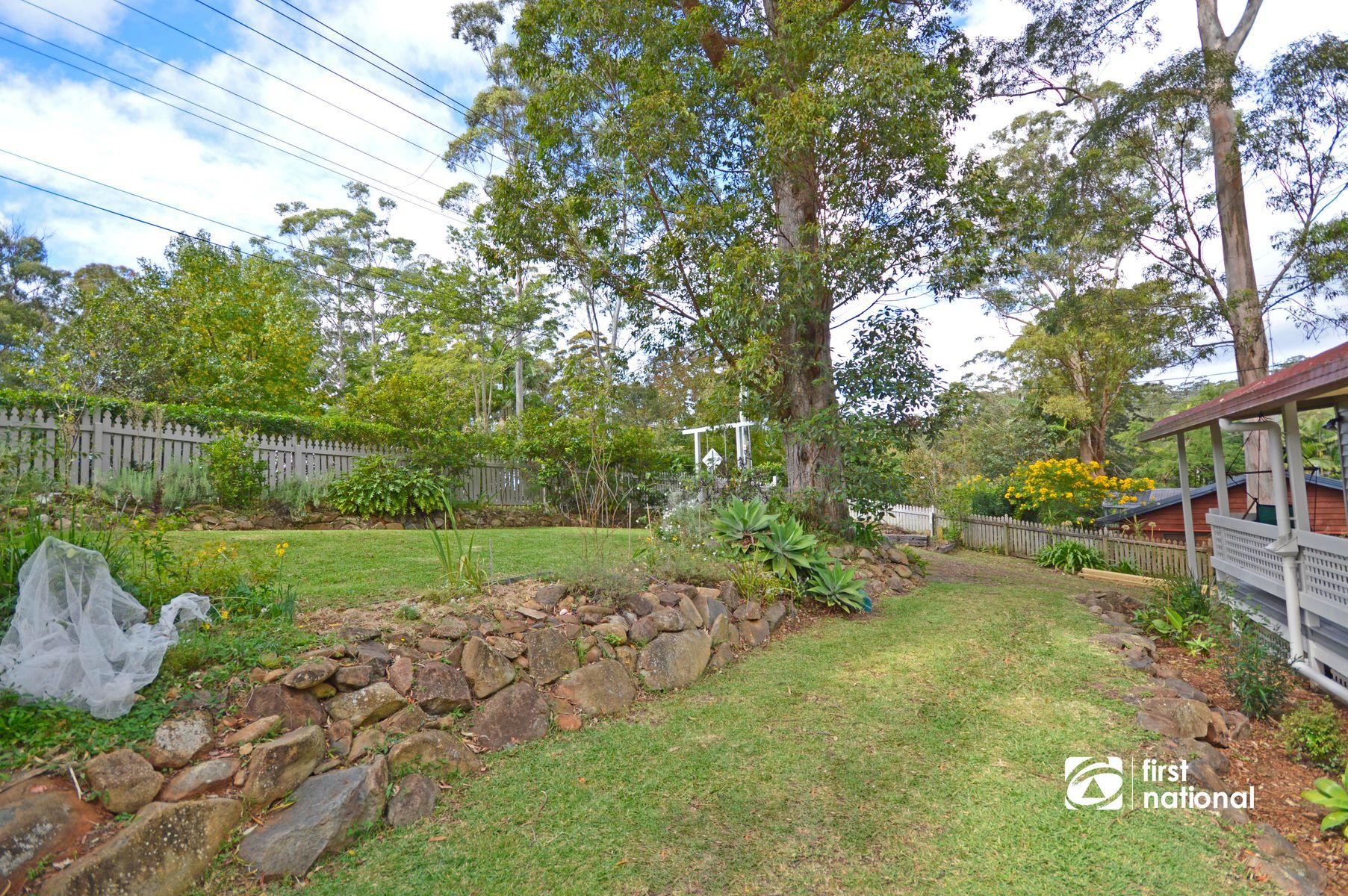 54 Kinabalu Drive, Tamborine Mountain, QLD 4272