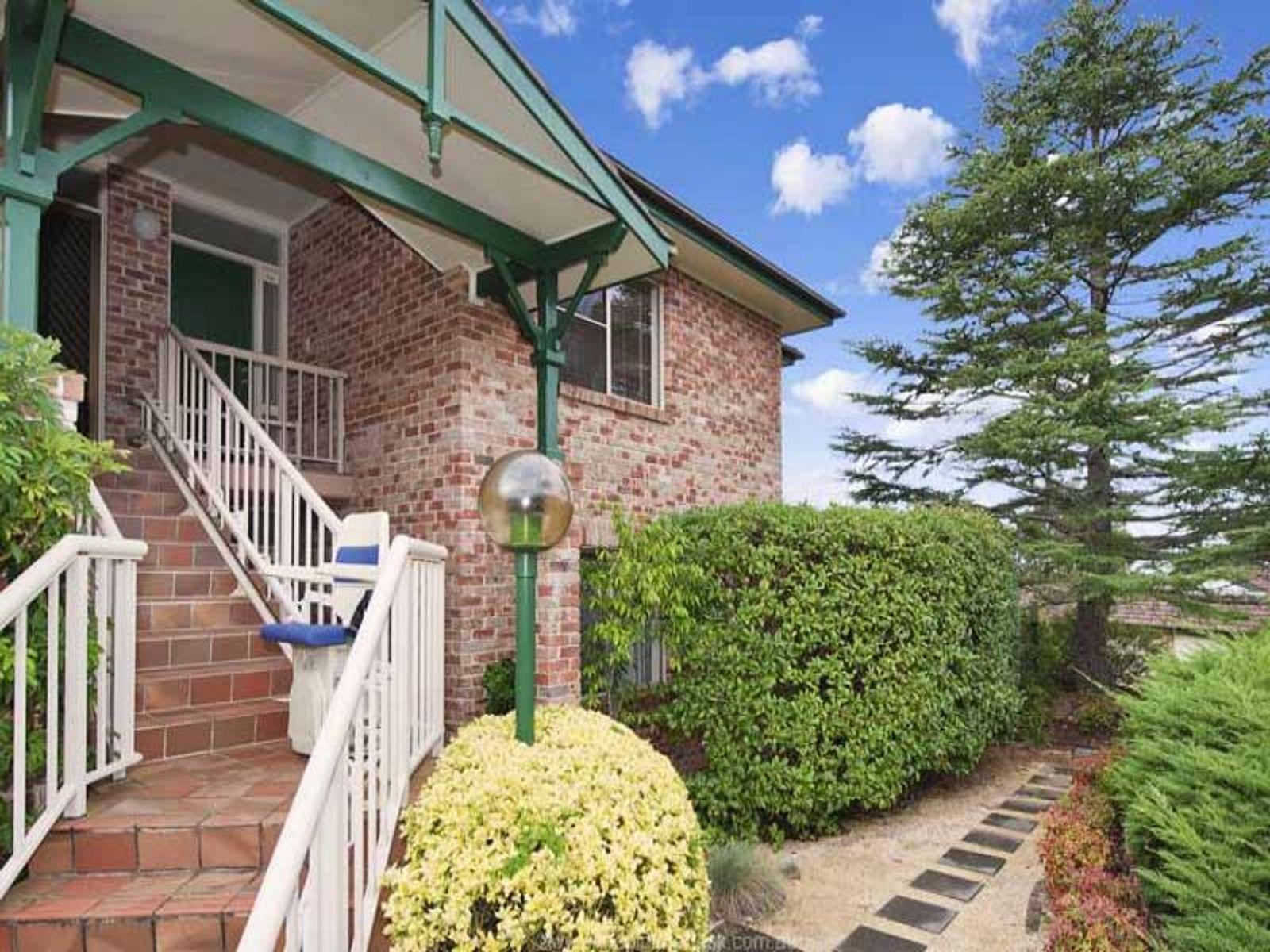 79/2-8 Kitchener Street, St Ives, NSW 2075