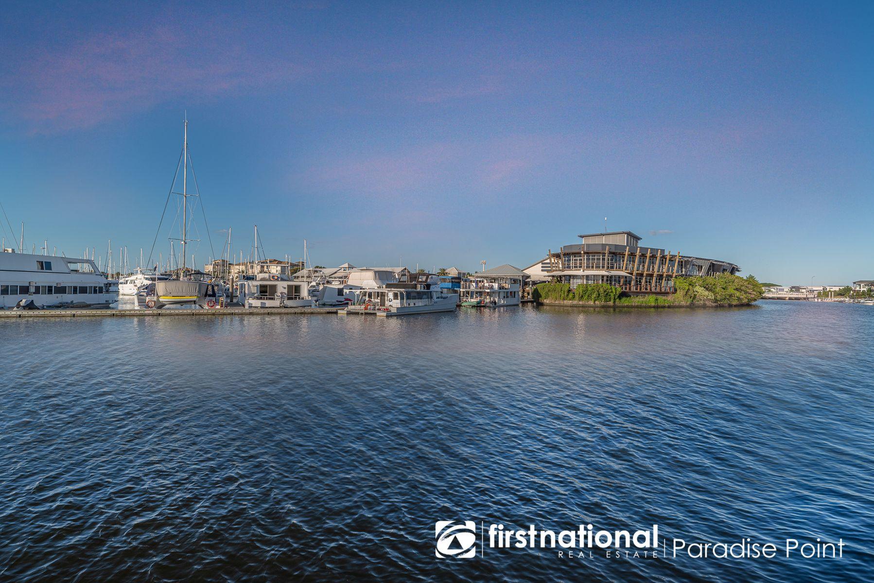 5233 Harbourview Drive, Hope Island, QLD 4212