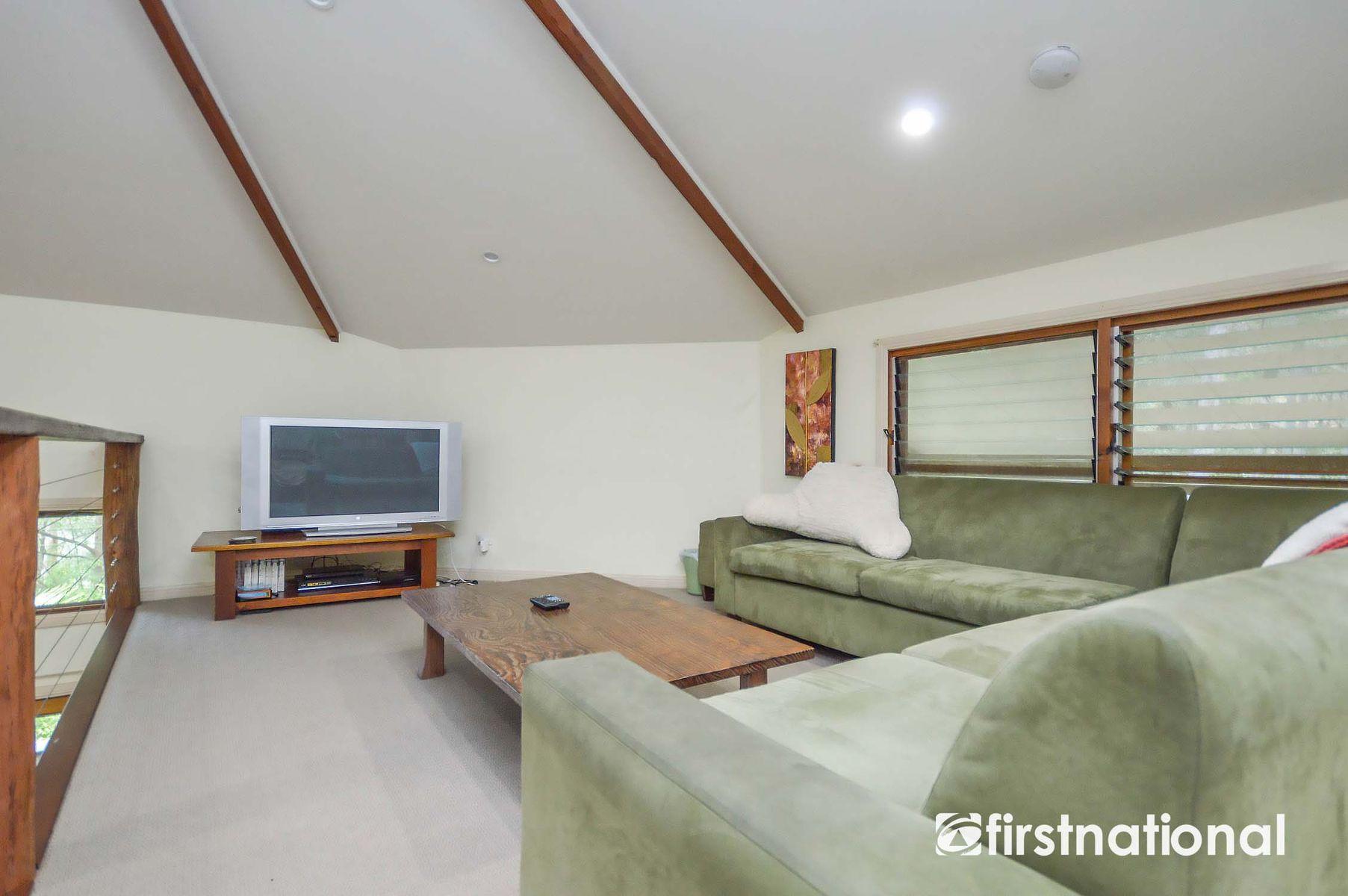 13 Lombok Court, Tamborine Mountain, QLD 4272