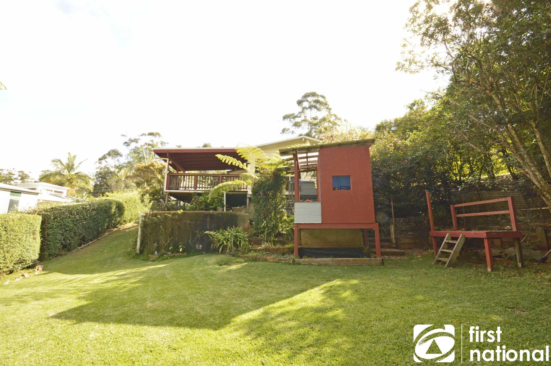 125 Kinabalu Drive, Tamborine Mountain, QLD 4272