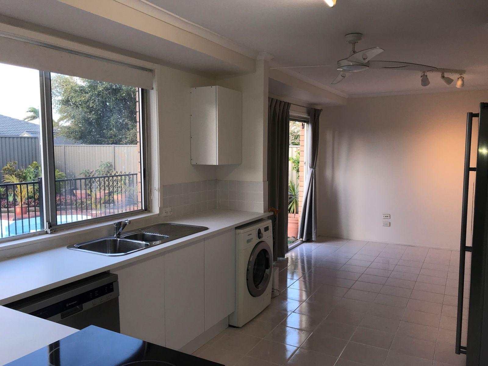 137 Hooker Boulevard, Broadbeach Waters, QLD 4218