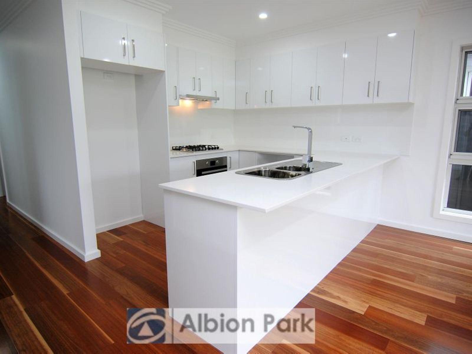52A Yellow Rock Road, Tullimbar, NSW 2527