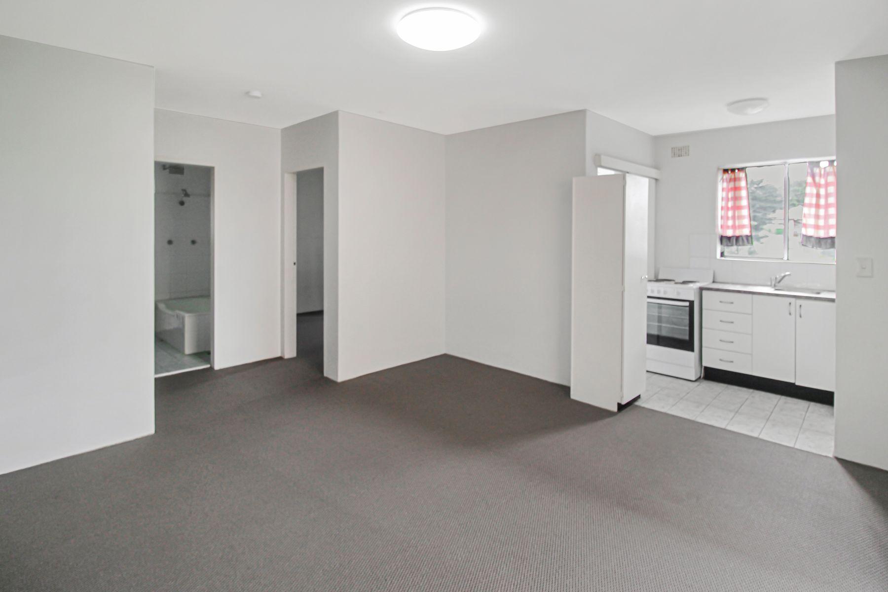 3/7 Cambridge Street, Gladesville, NSW 2111