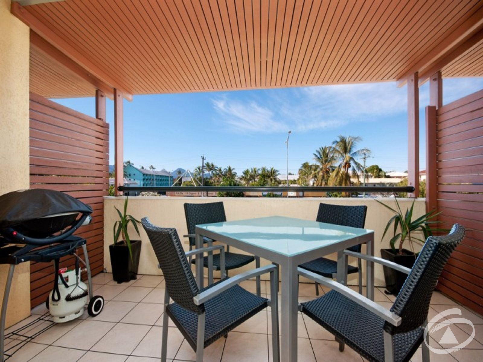 10/6 James Street, Cairns North, QLD 4870