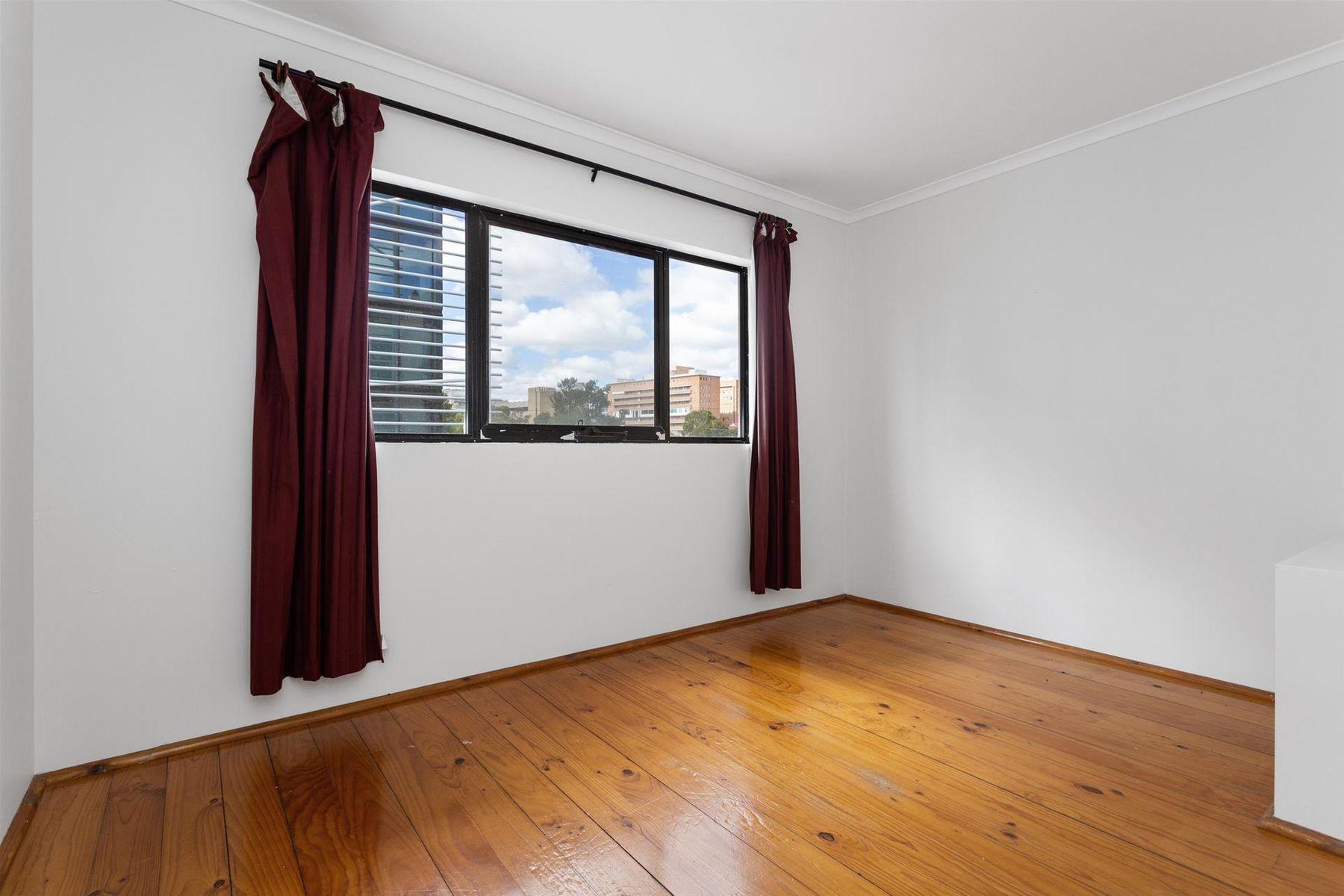 4/8 James Street, Perth, WA 6000