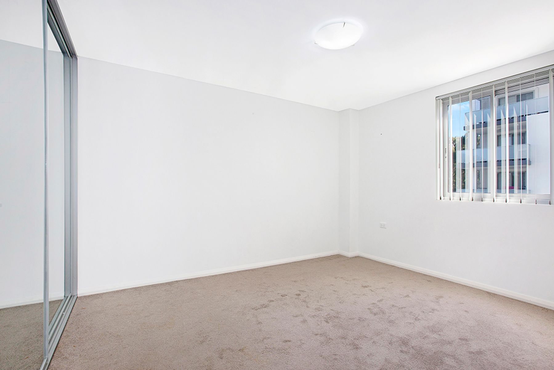 17/14-18 Peggy Street, Mays Hill, NSW 2145