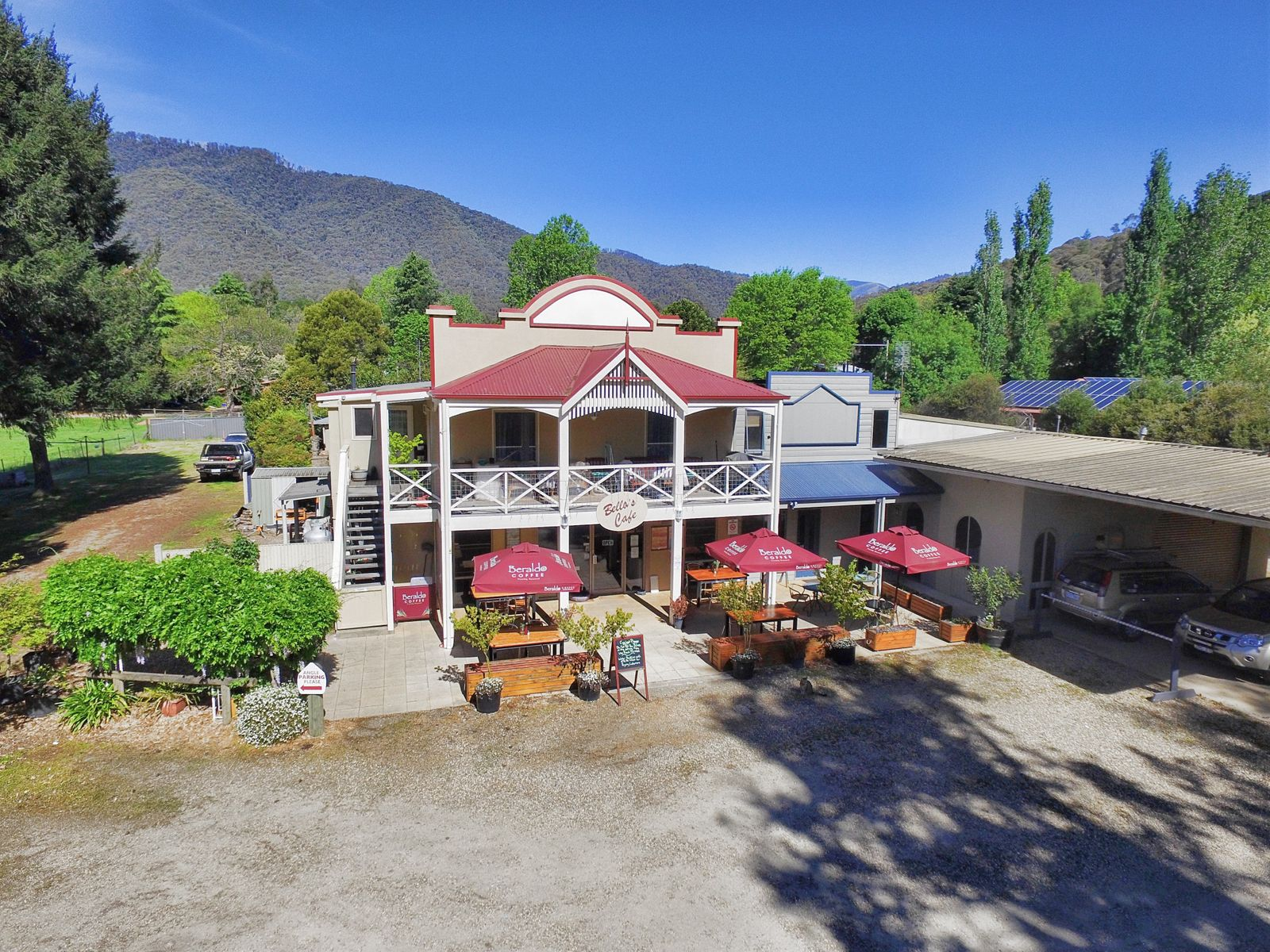 231 Great Alpine Road, Harrietville, VIC 3741