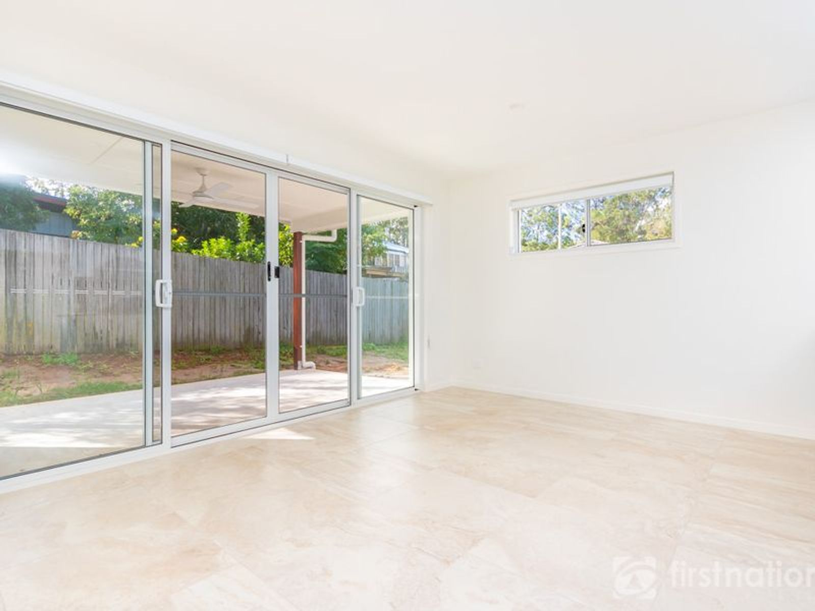 2/23 Railway Parade, Glass House Mountains, QLD 4518