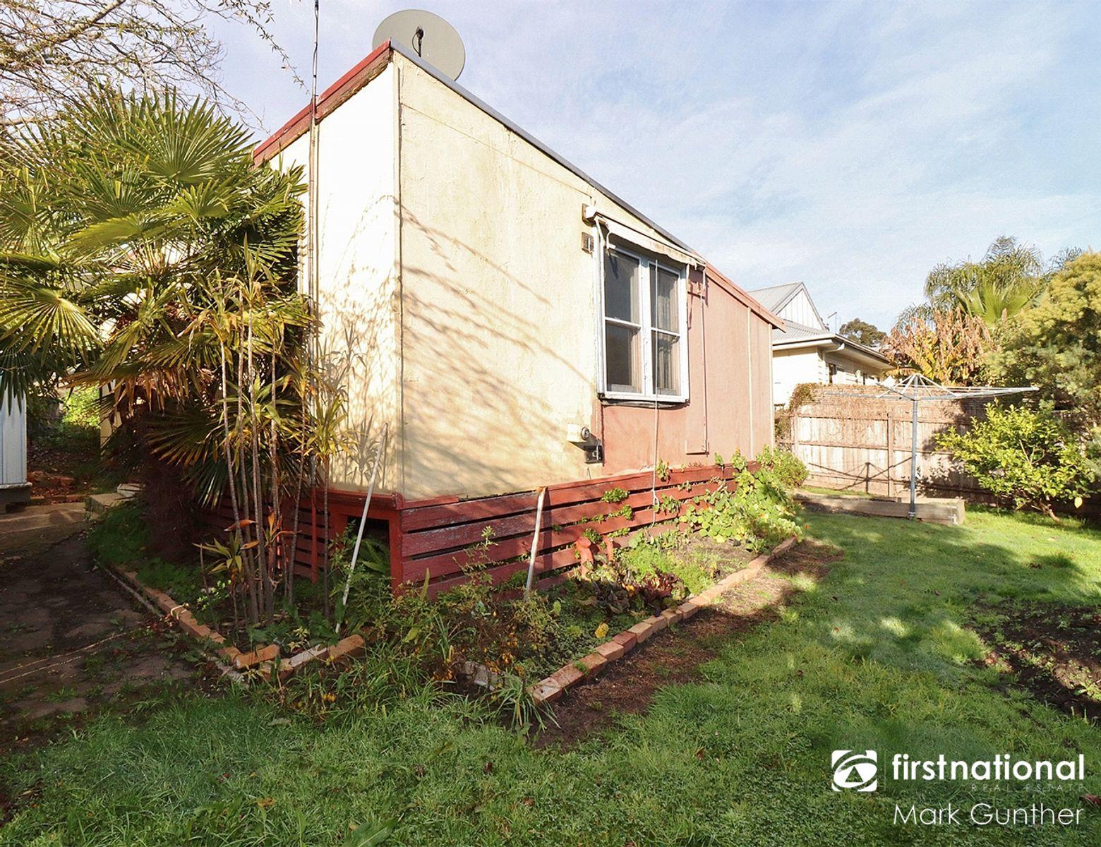 13 Edward Street, Healesville, VIC 3777
