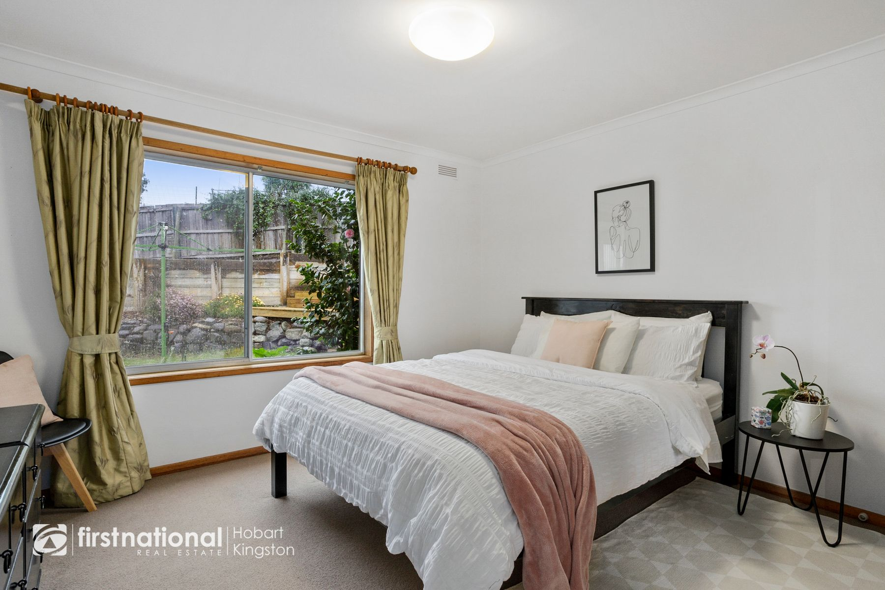 1/32 Pearl Place, Blackmans Bay, TAS 7052