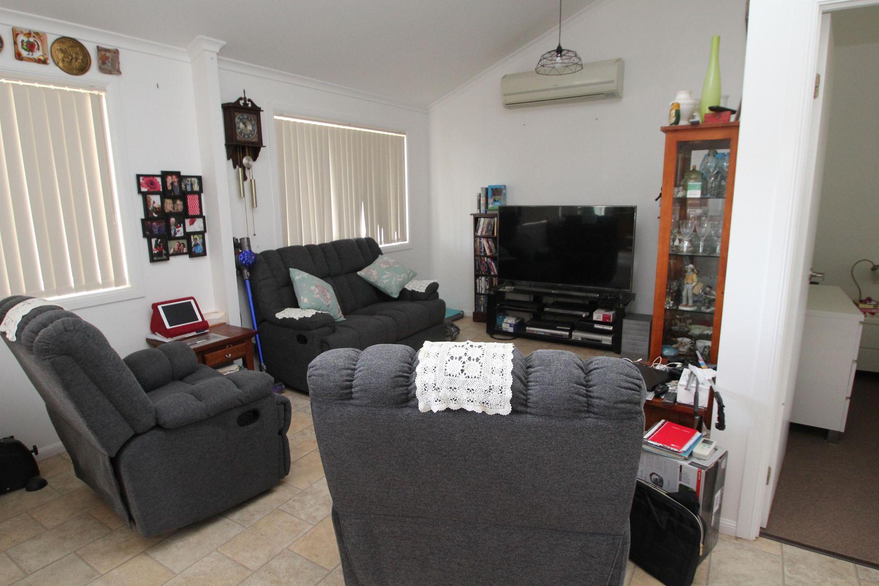 53 Wood Street, Tenterfield, NSW 2372