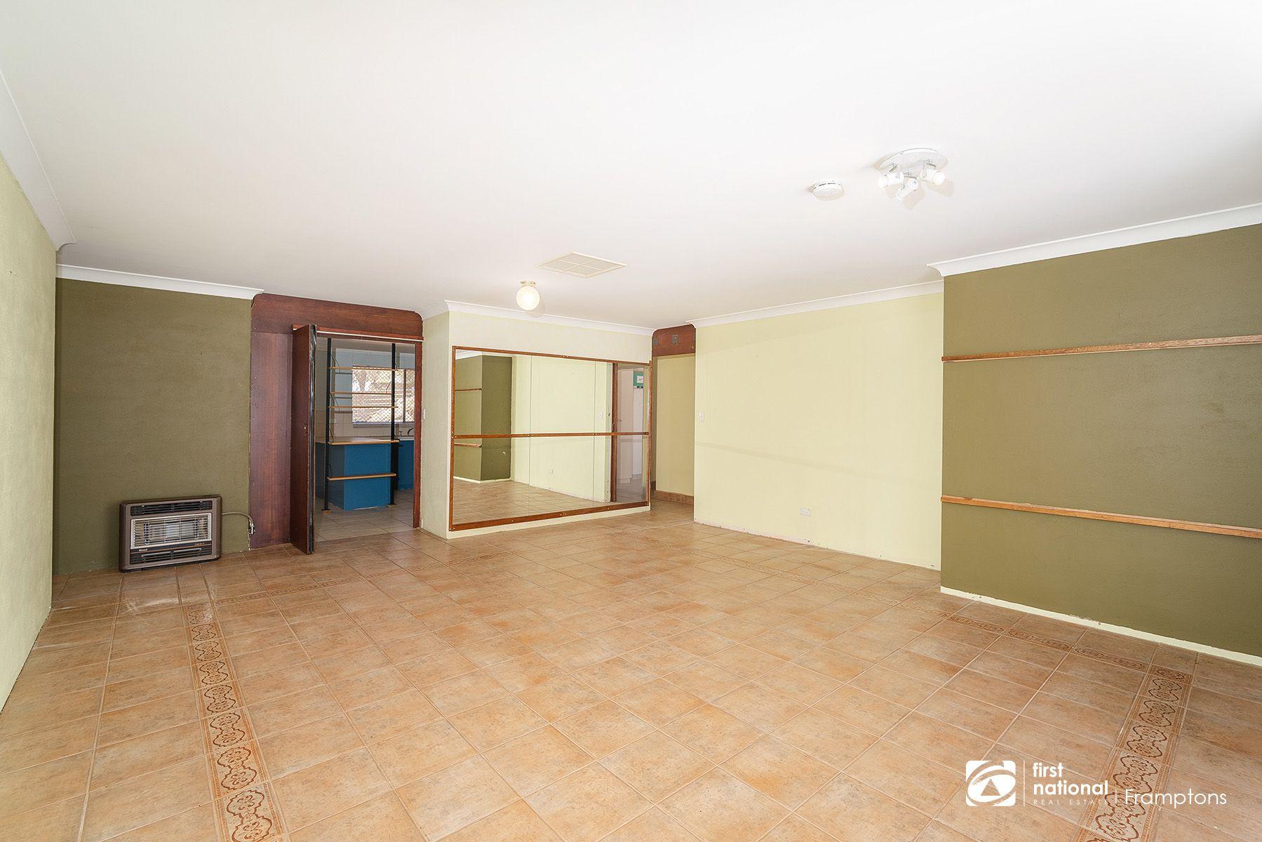 21 Grant Road, Larapinta, NT 0875