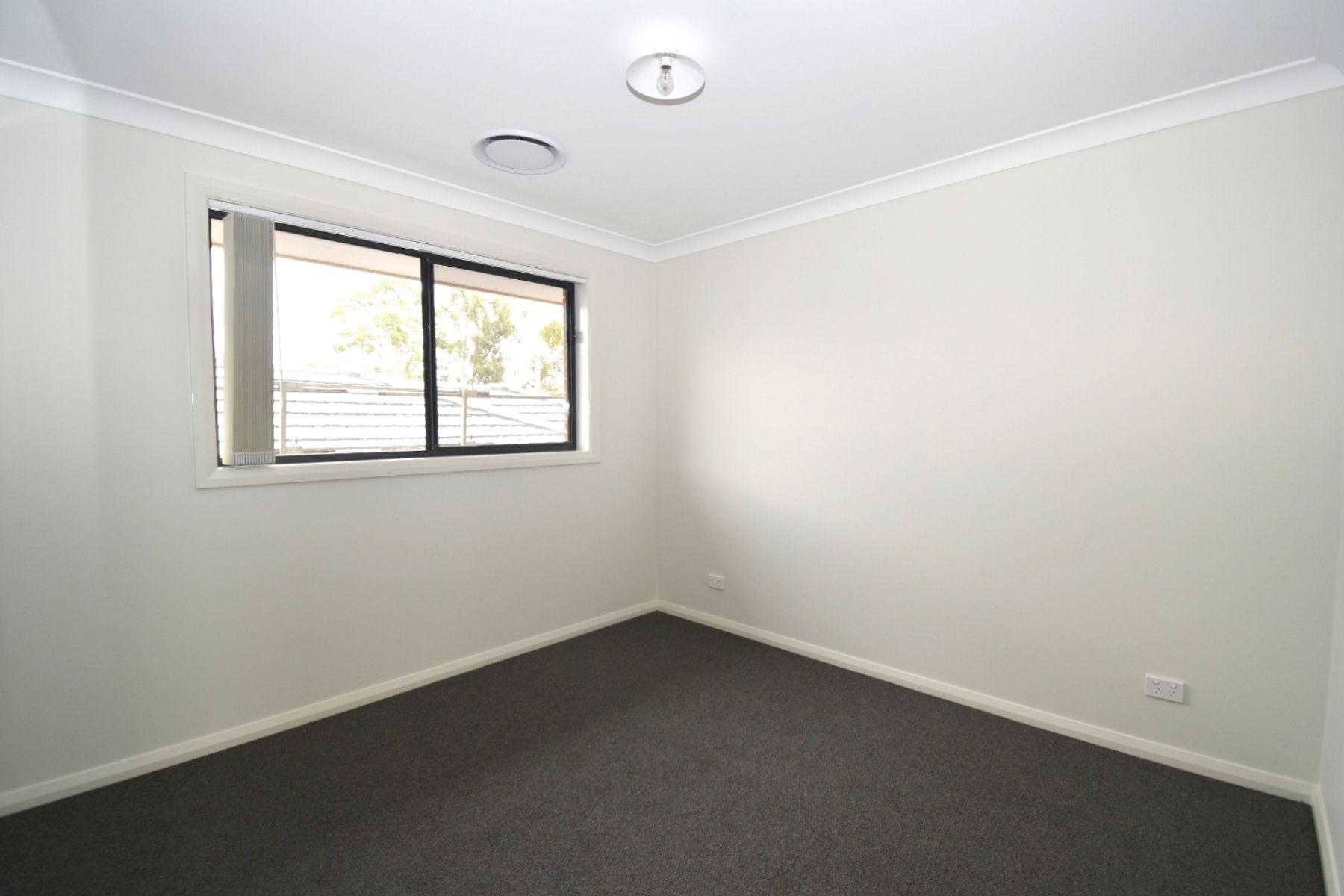 5 Pluto Avenue, Leppington, NSW 2179