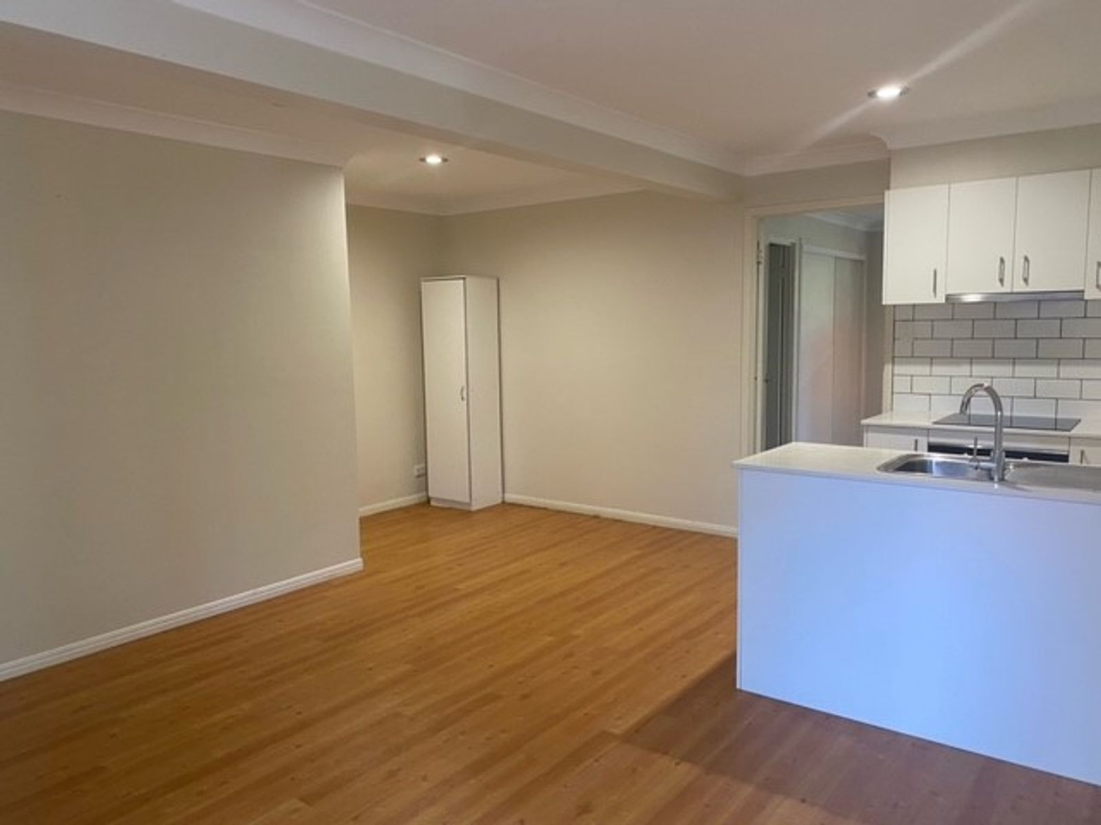 1/44 Jarrahdale Drive, Elanora, QLD 4221