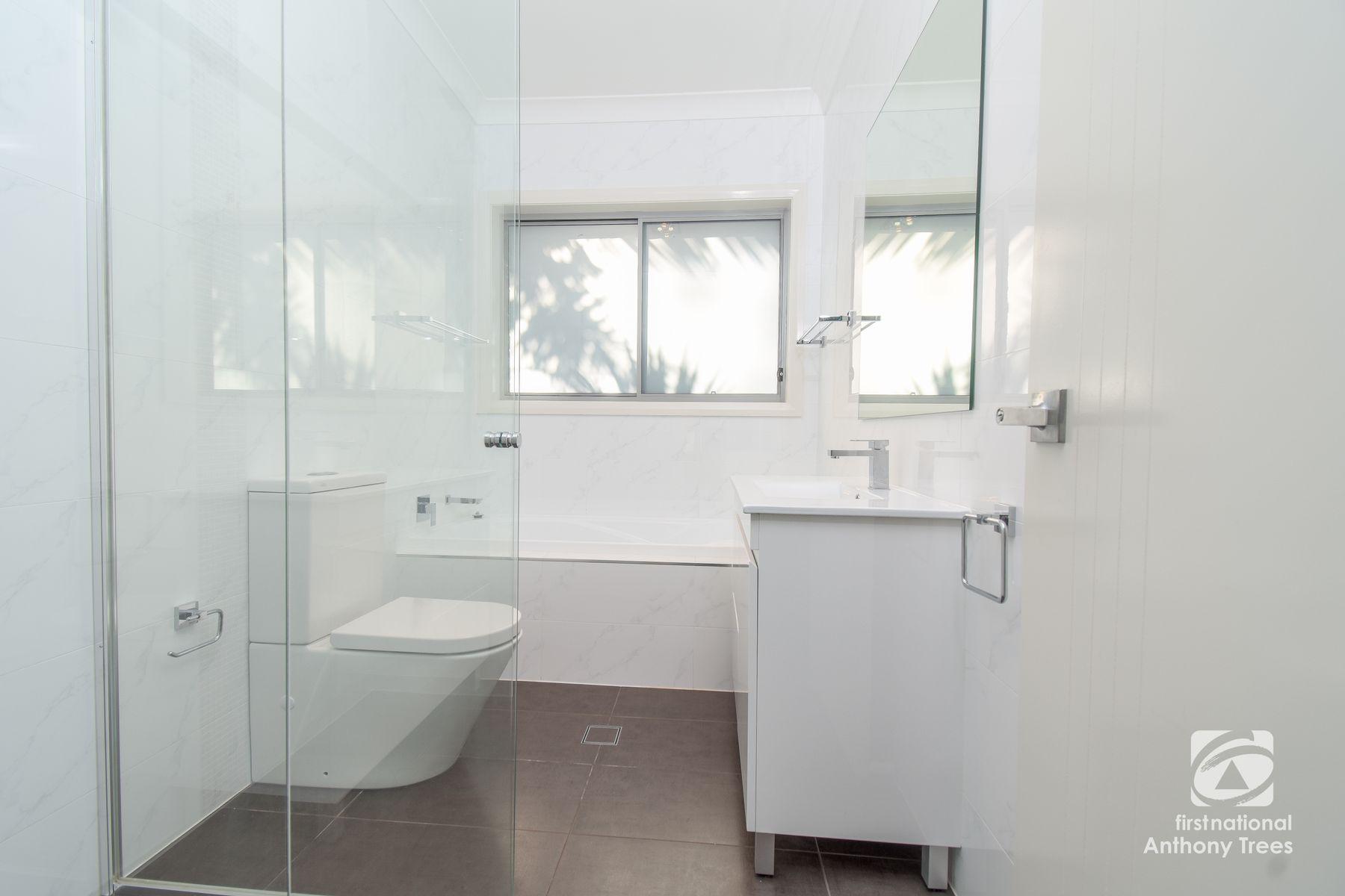 2/37 Winbourne Street, West Ryde, NSW 2114