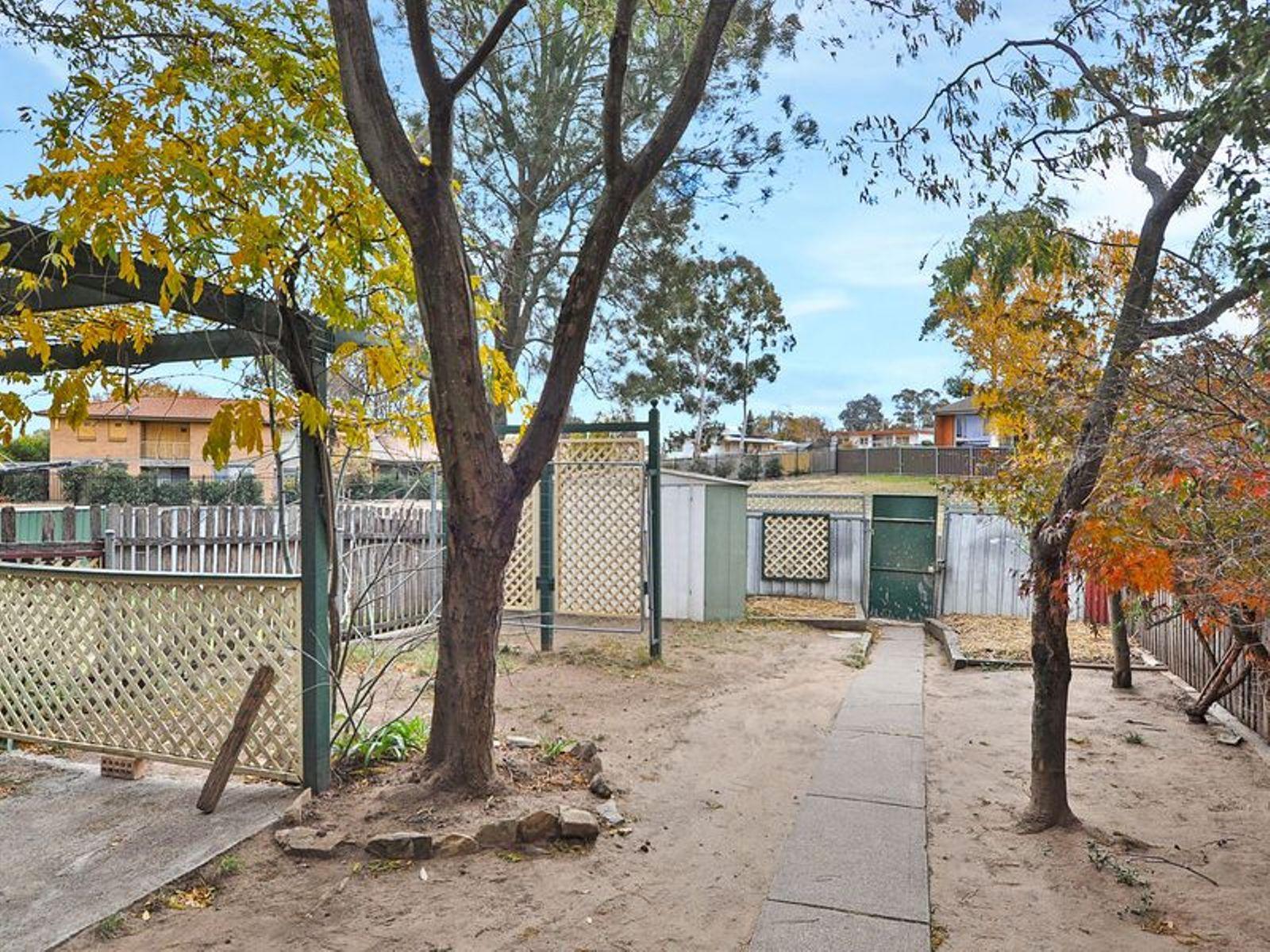 6 Rivett Place, Kelso, NSW 2795